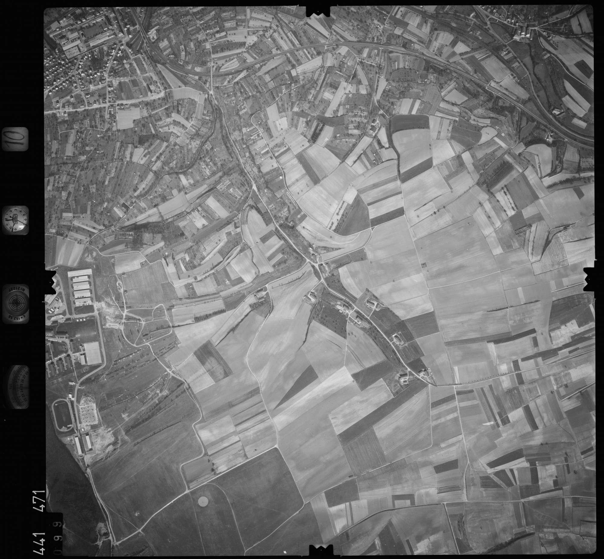 Luftbild: Film 10 Bildnr. 99, Bild 1
