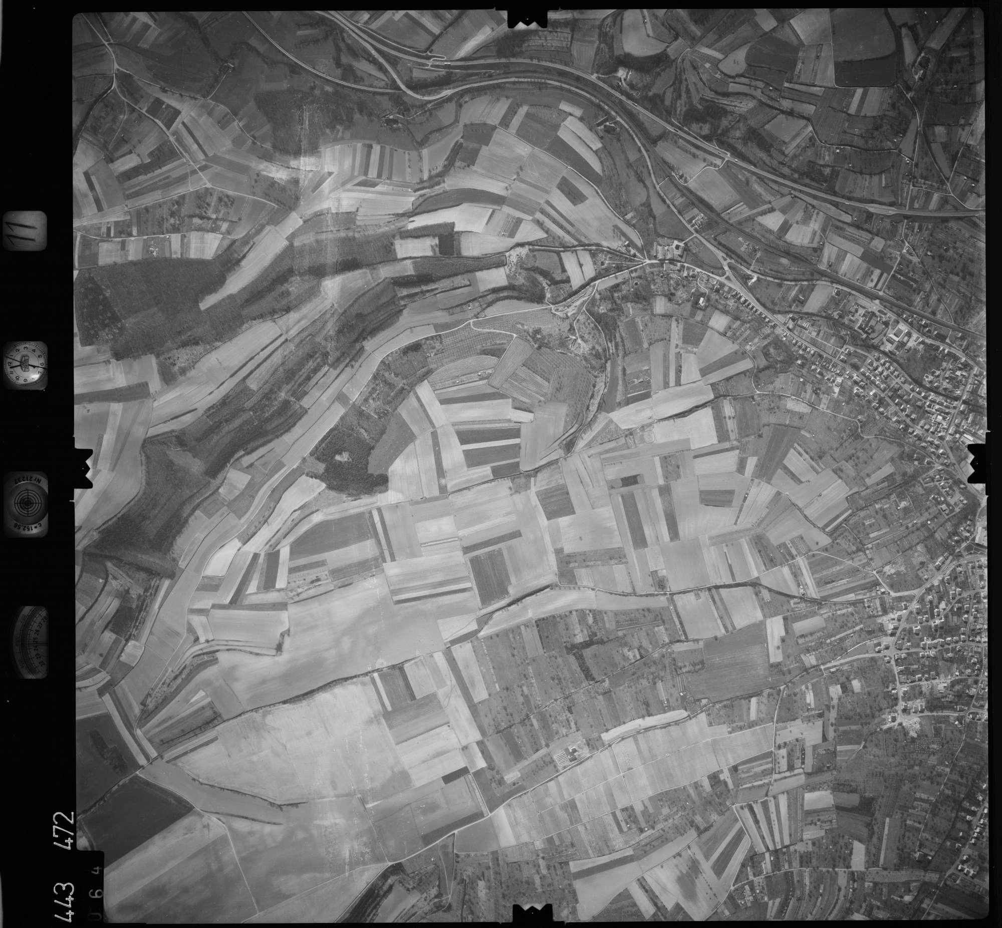 Luftbild: Film 11 Bildnr. 64, Bild 1