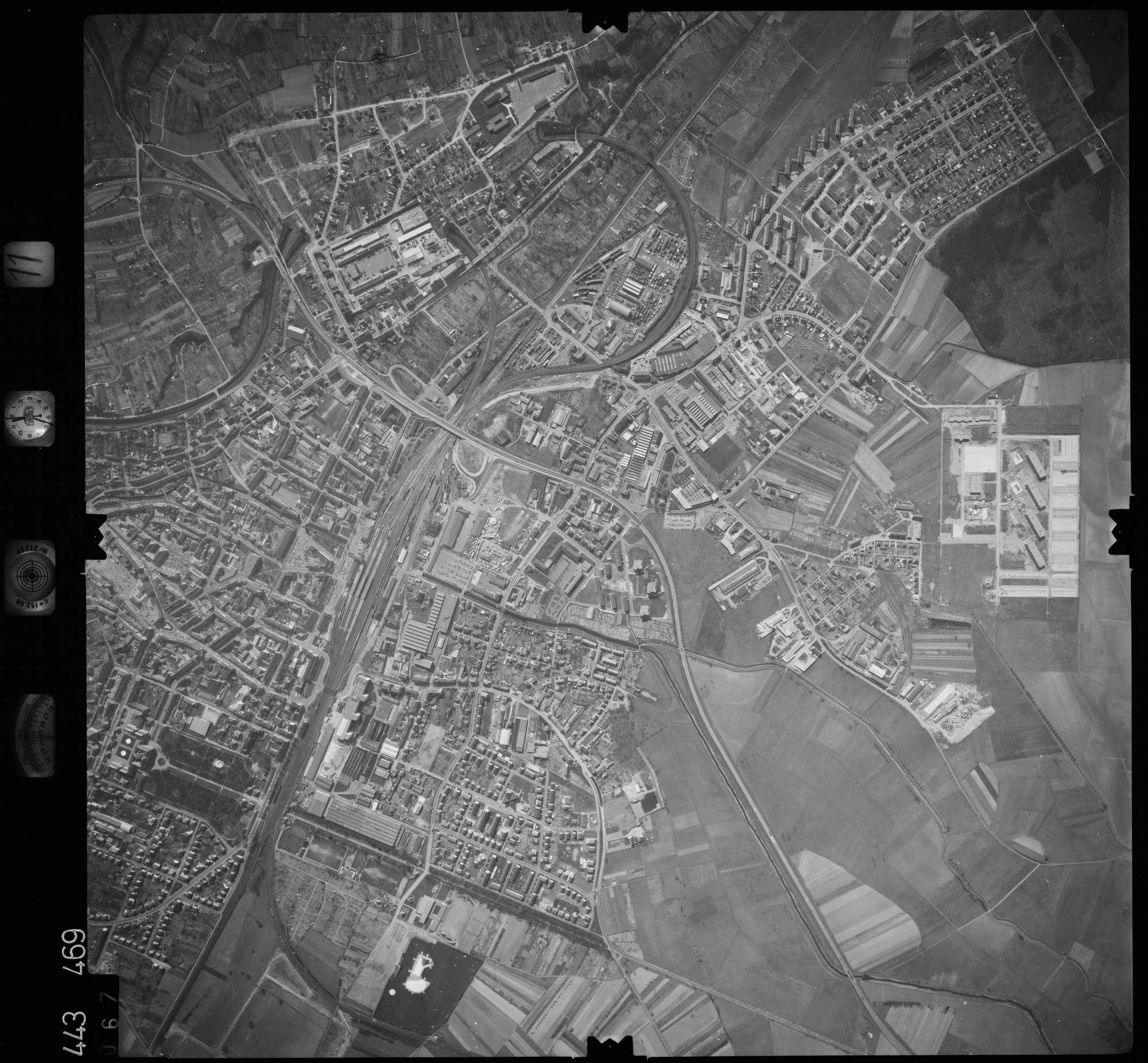 Luftbild: Film 11 Bildnr. 67, Bild 1