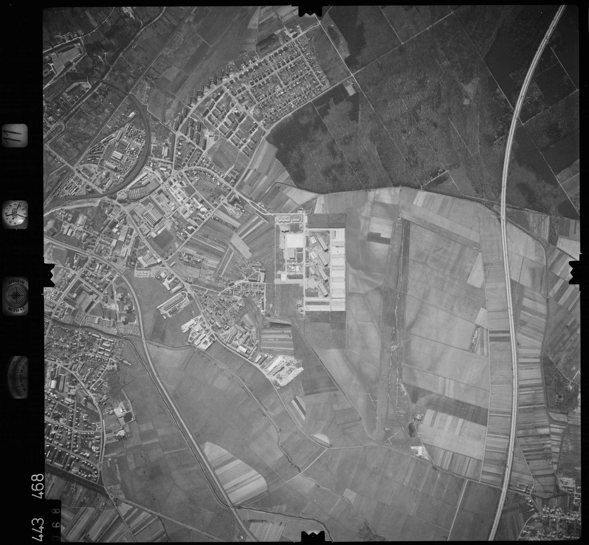 Luftbild: Film 11 Bildnr. 68, Bild 1