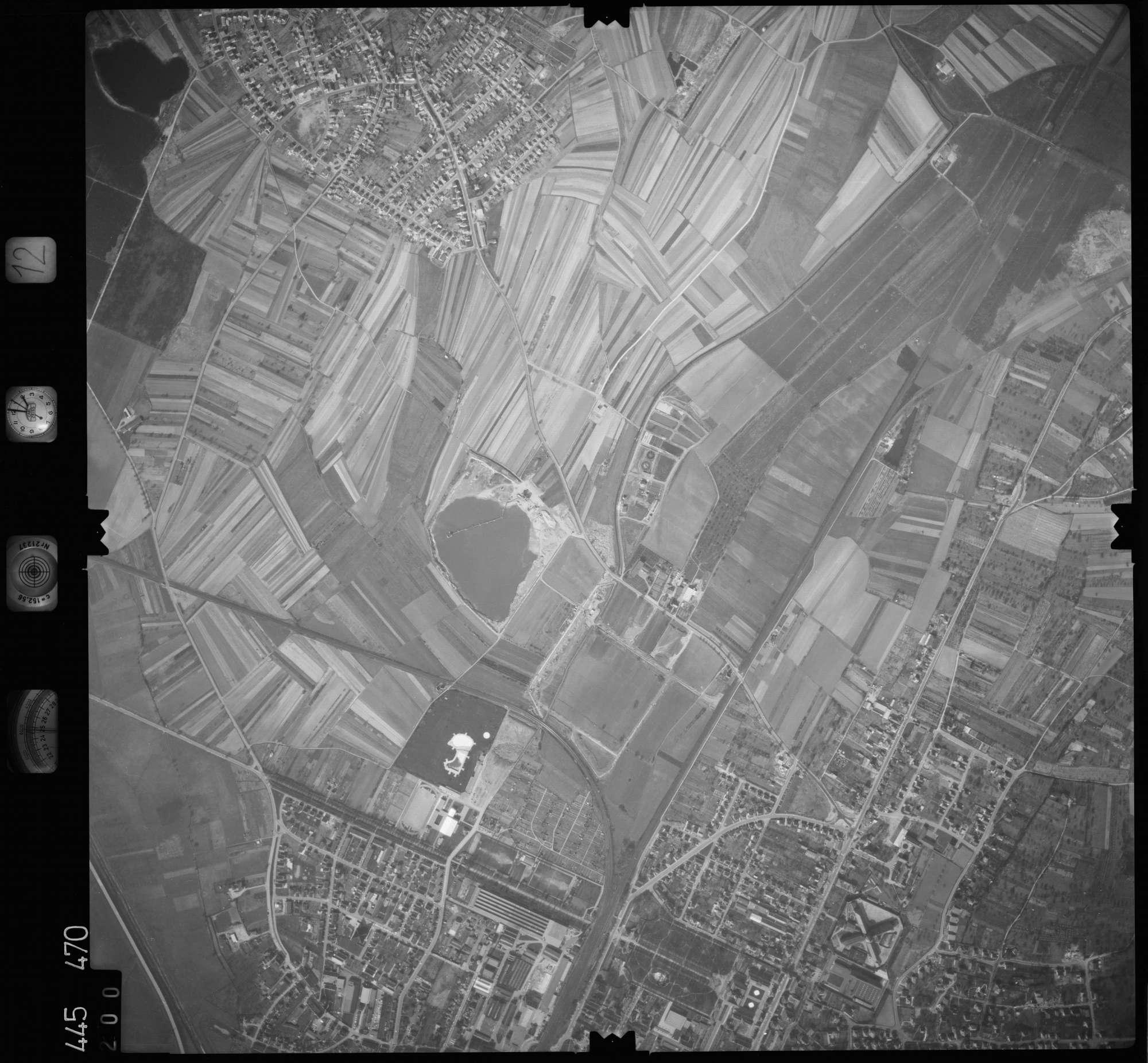 Luftbild: Film 12 Bildnr. 200, Bild 1