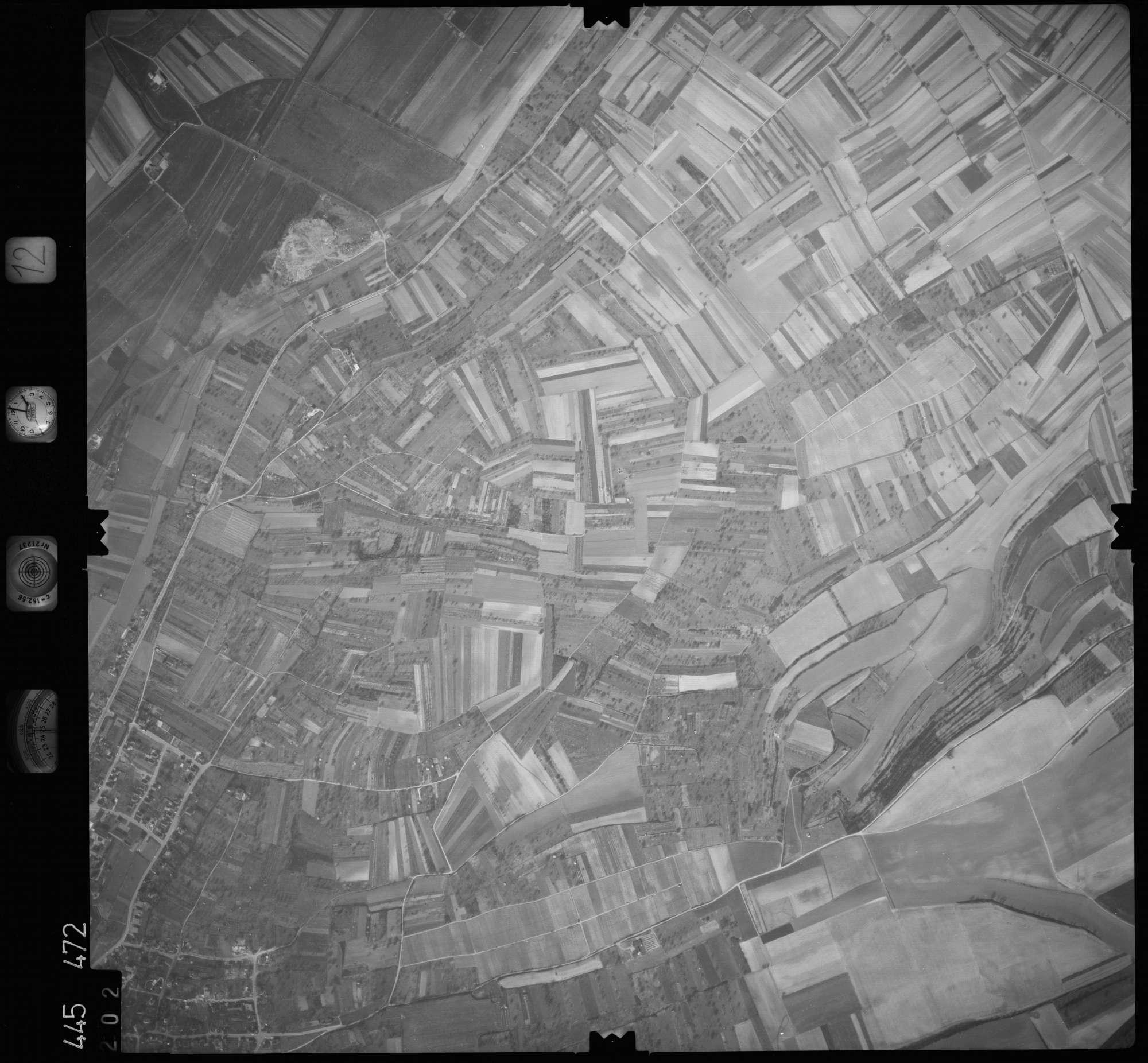 Luftbild: Film 12 Bildnr. 202, Bild 1