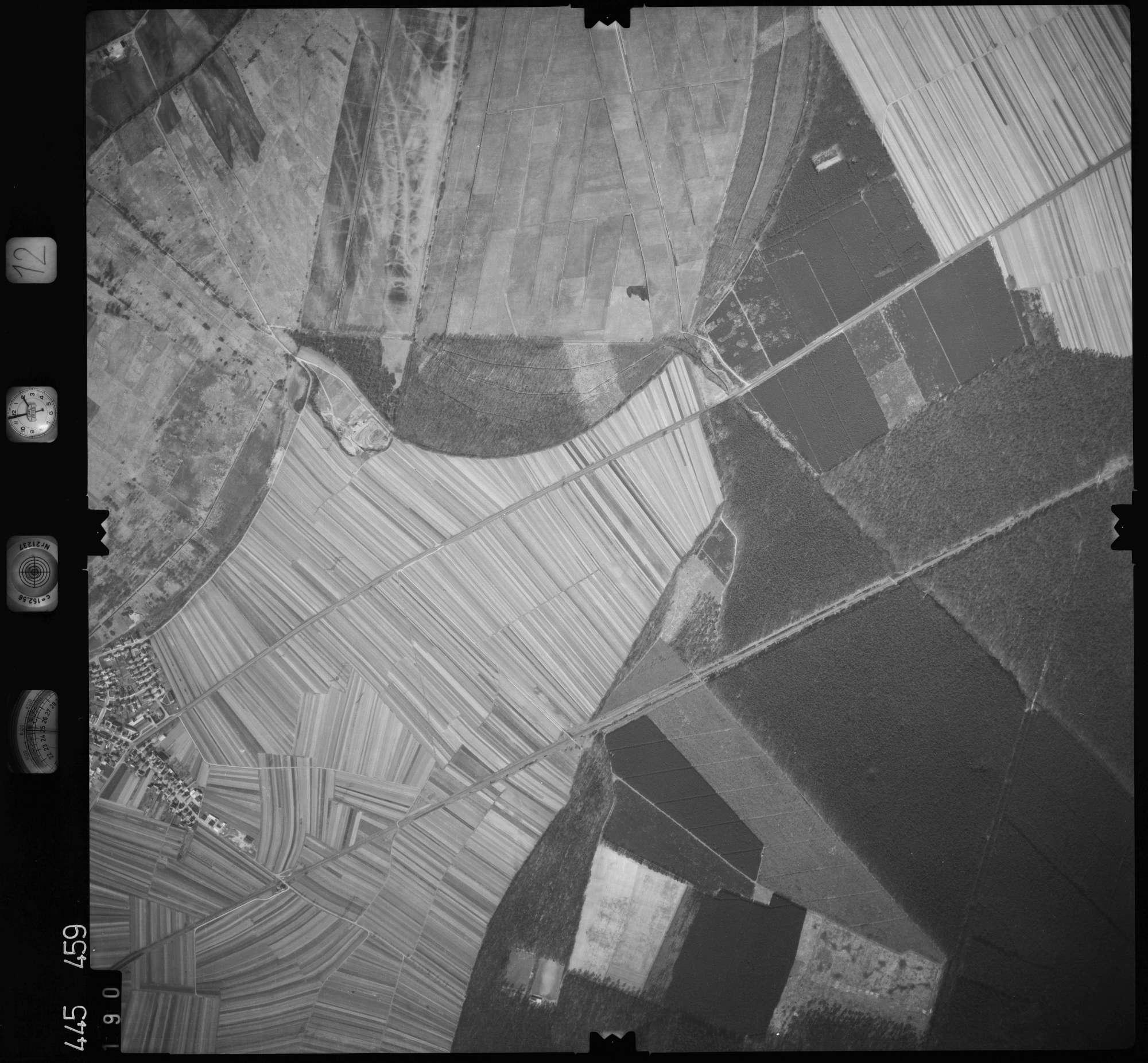 Luftbild: Film 12 Bildnr. 190, Bild 1