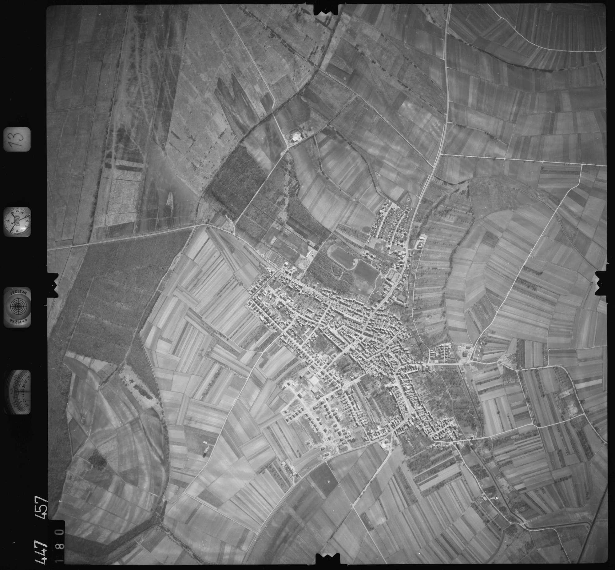 Luftbild: Film 13 Bildnr. 180, Bild 1