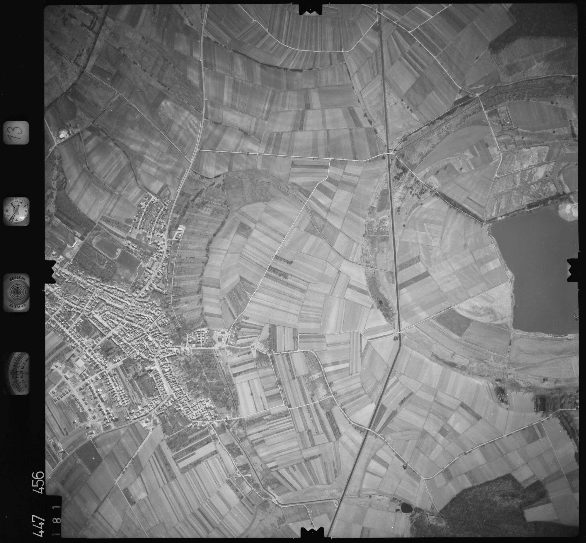 Luftbild: Film 13 Bildnr. 181, Bild 1