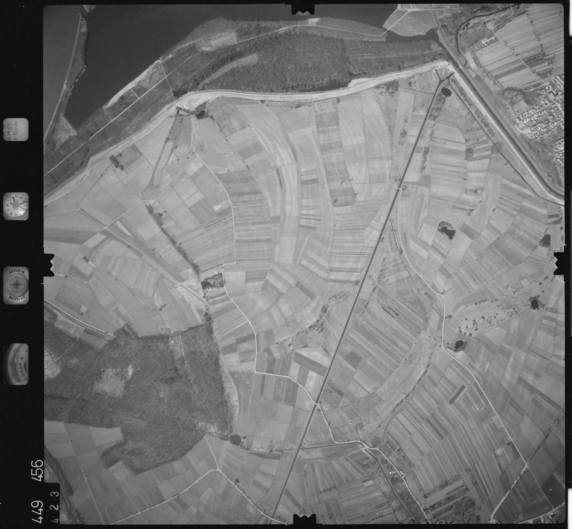Luftbild: Film 14 Bildnr. 423, Bild 1