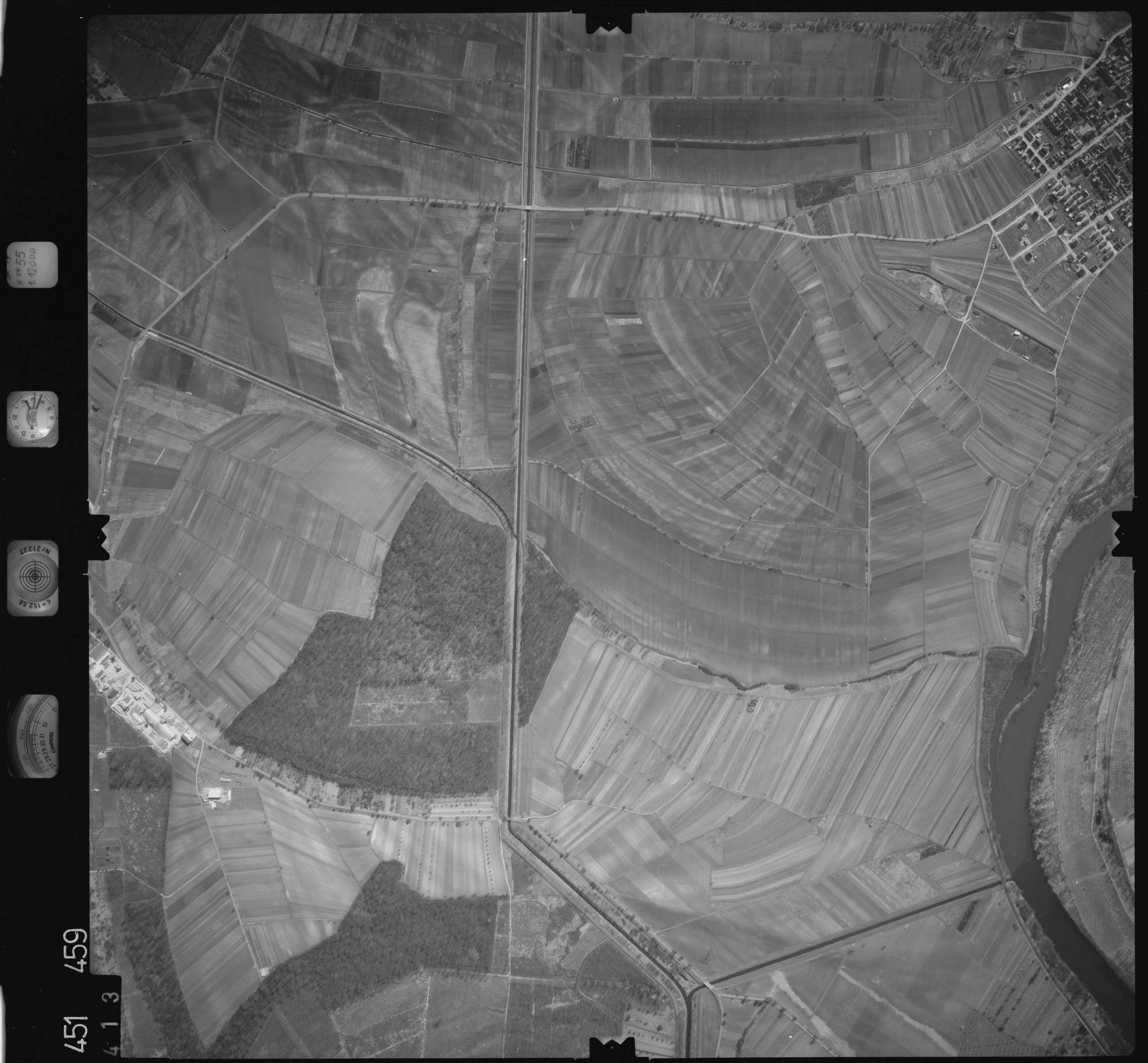 Luftbild: Film 15 Bildnr. 413, Bild 1