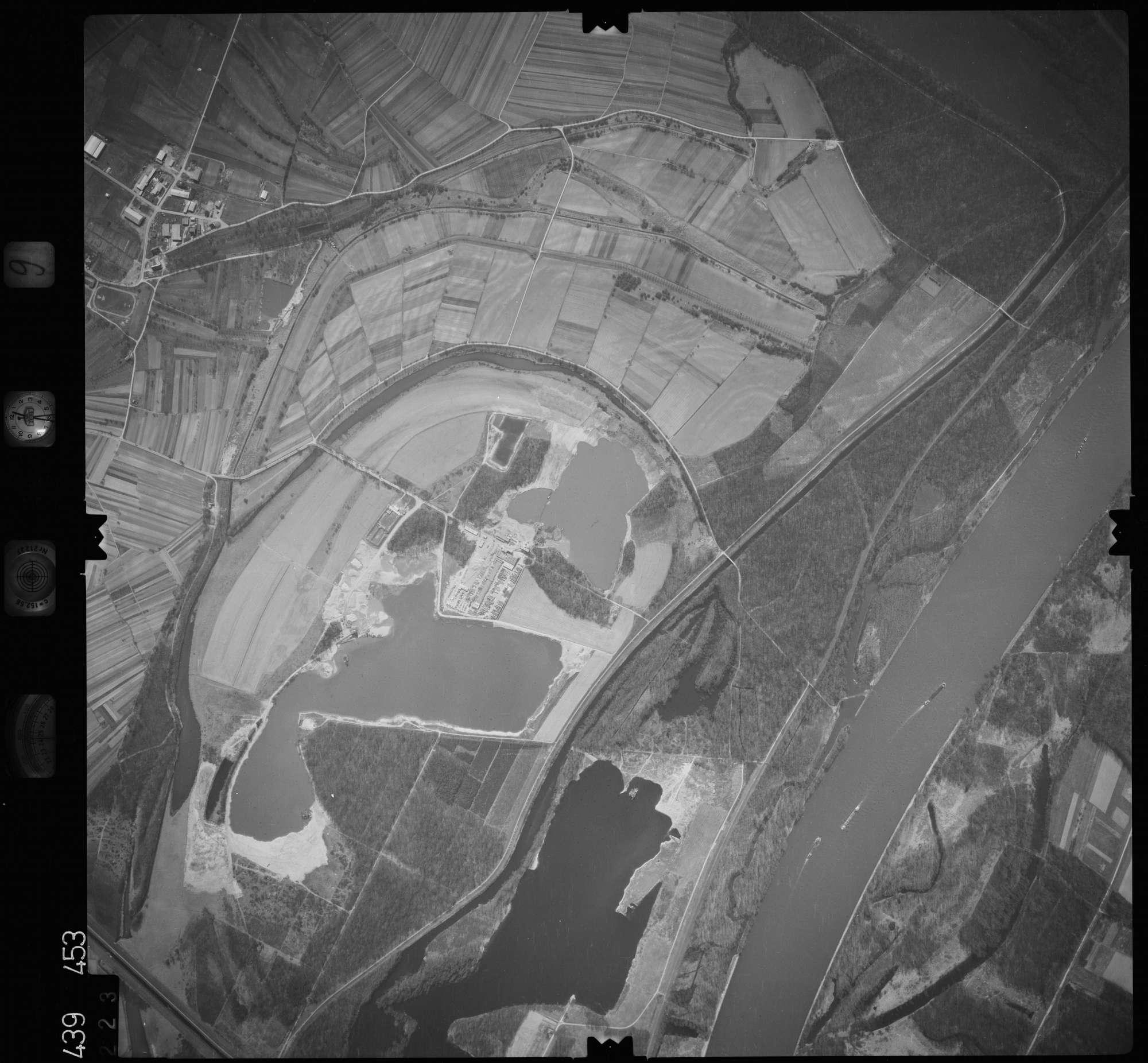 Luftbild: Film 9 Bildnr. 223, Bild 1