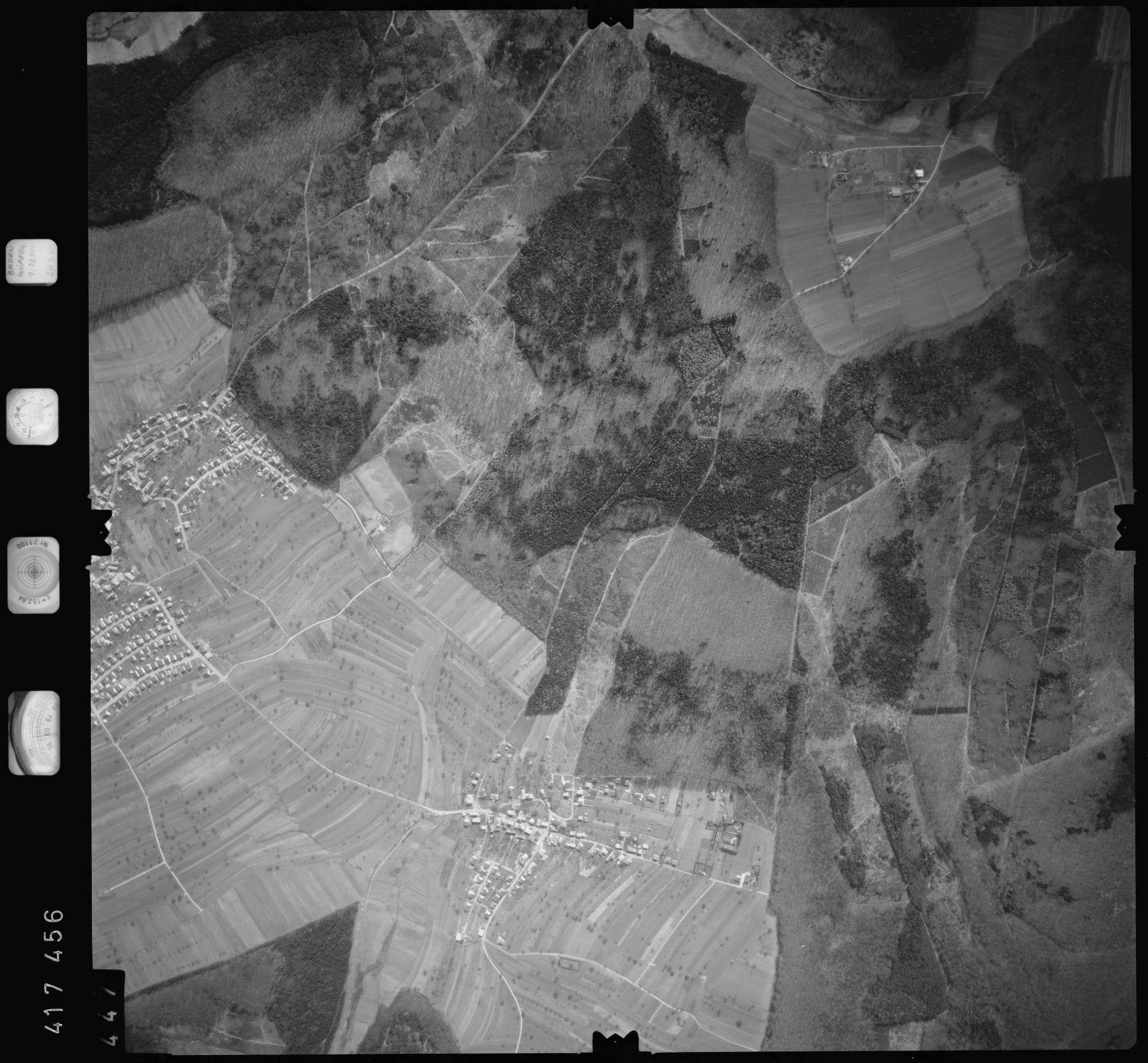 Luftbild: Film 2 Bildnr. 447, Bild 1