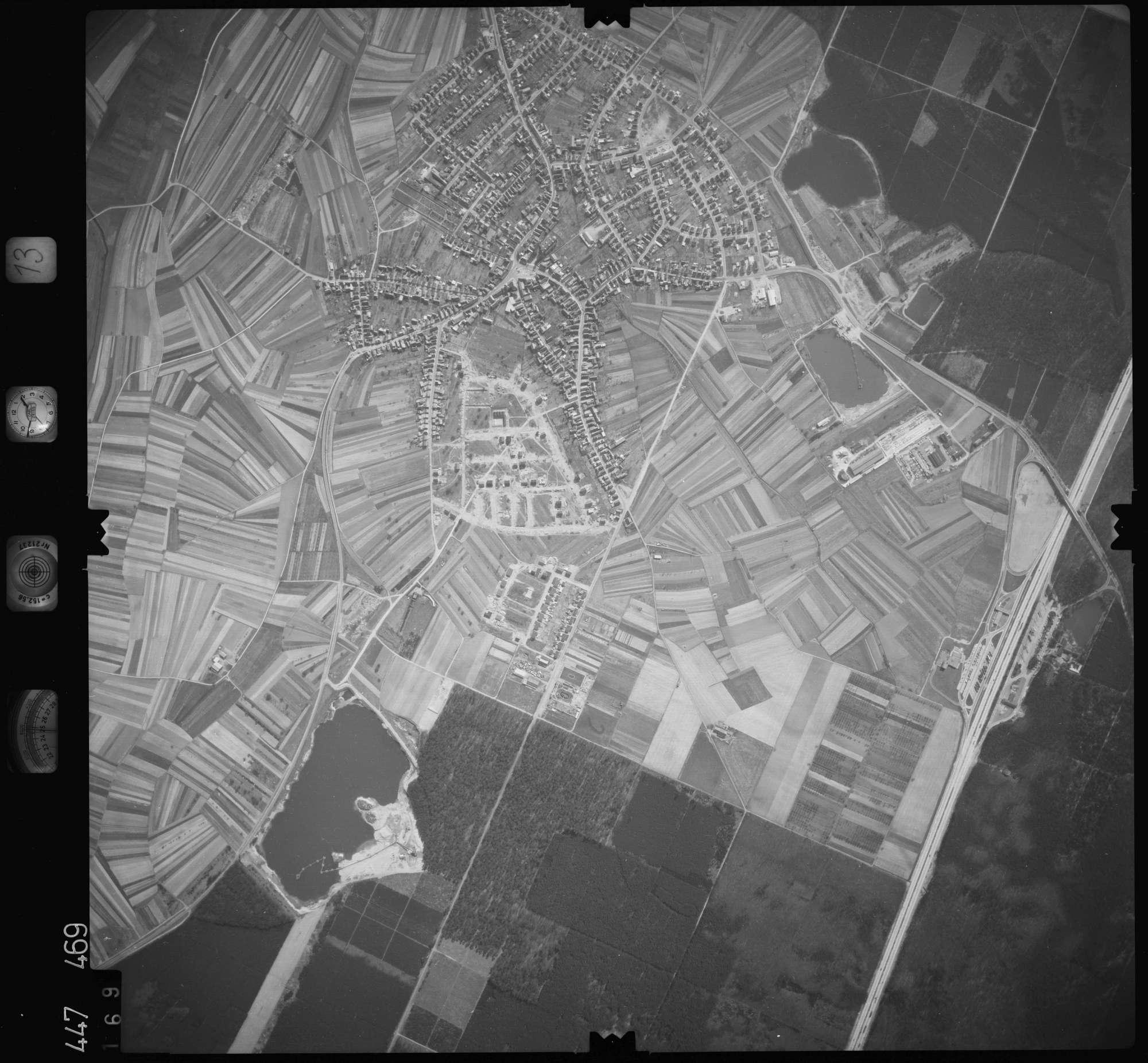 Luftbild: Film 13 Bildnr. 169, Bild 1