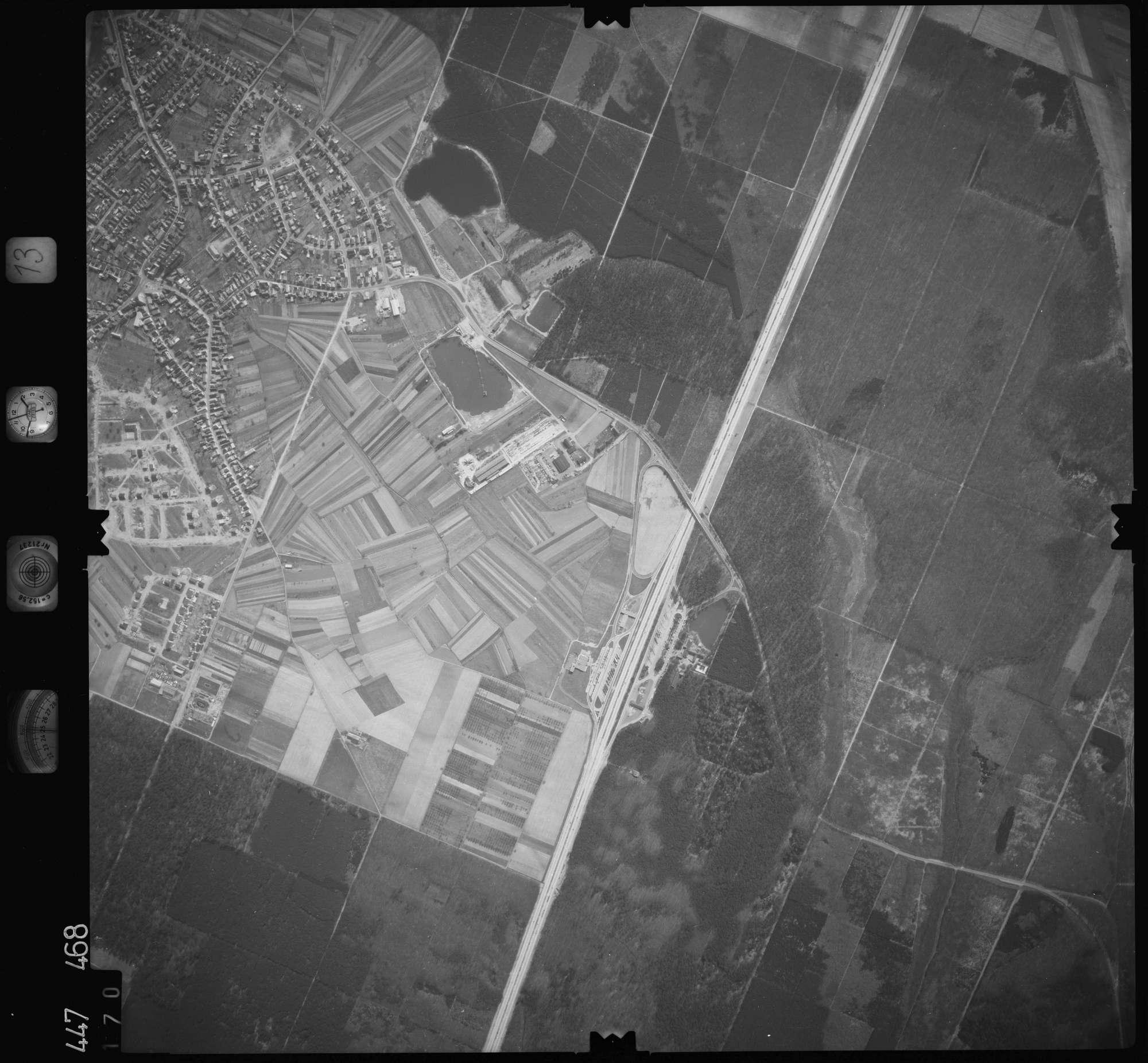 Luftbild: Film 13 Bildnr. 170, Bild 1