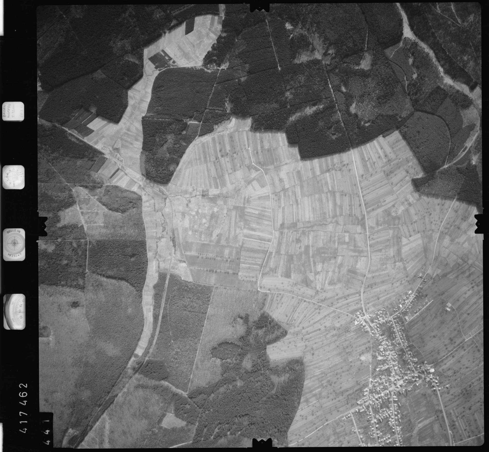 Luftbild: Film 2 Bildnr. 441, Bild 1
