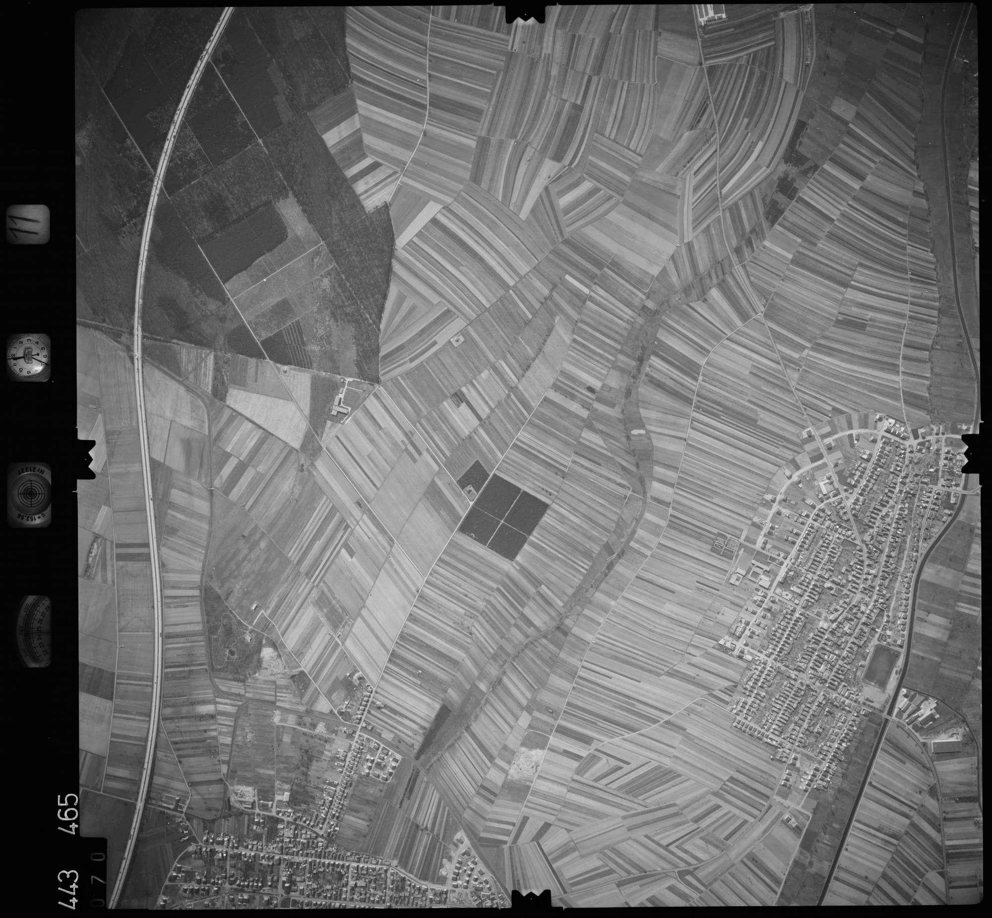 Luftbild: Film 11 Bildnr. 70, Bild 1