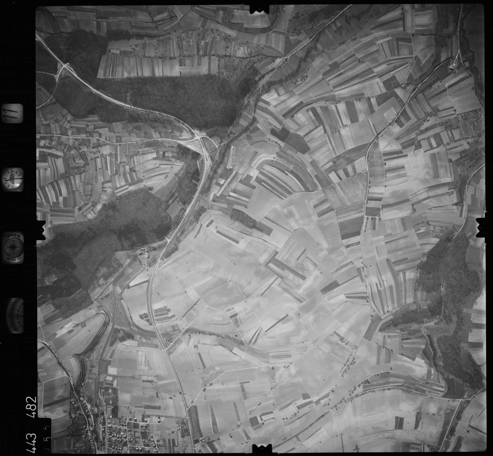 Luftbild: Film 11 Bildnr. 55, Bild 1