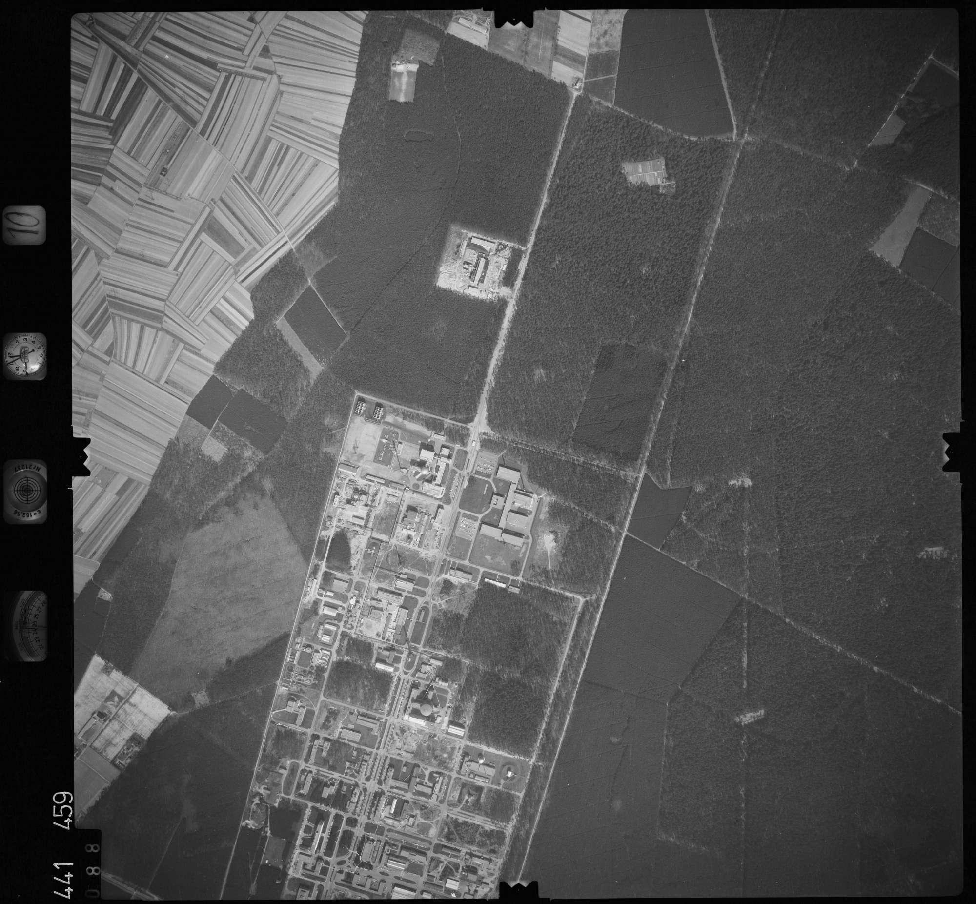 Luftbild: Film 10 Bildnr. 88, Bild 1