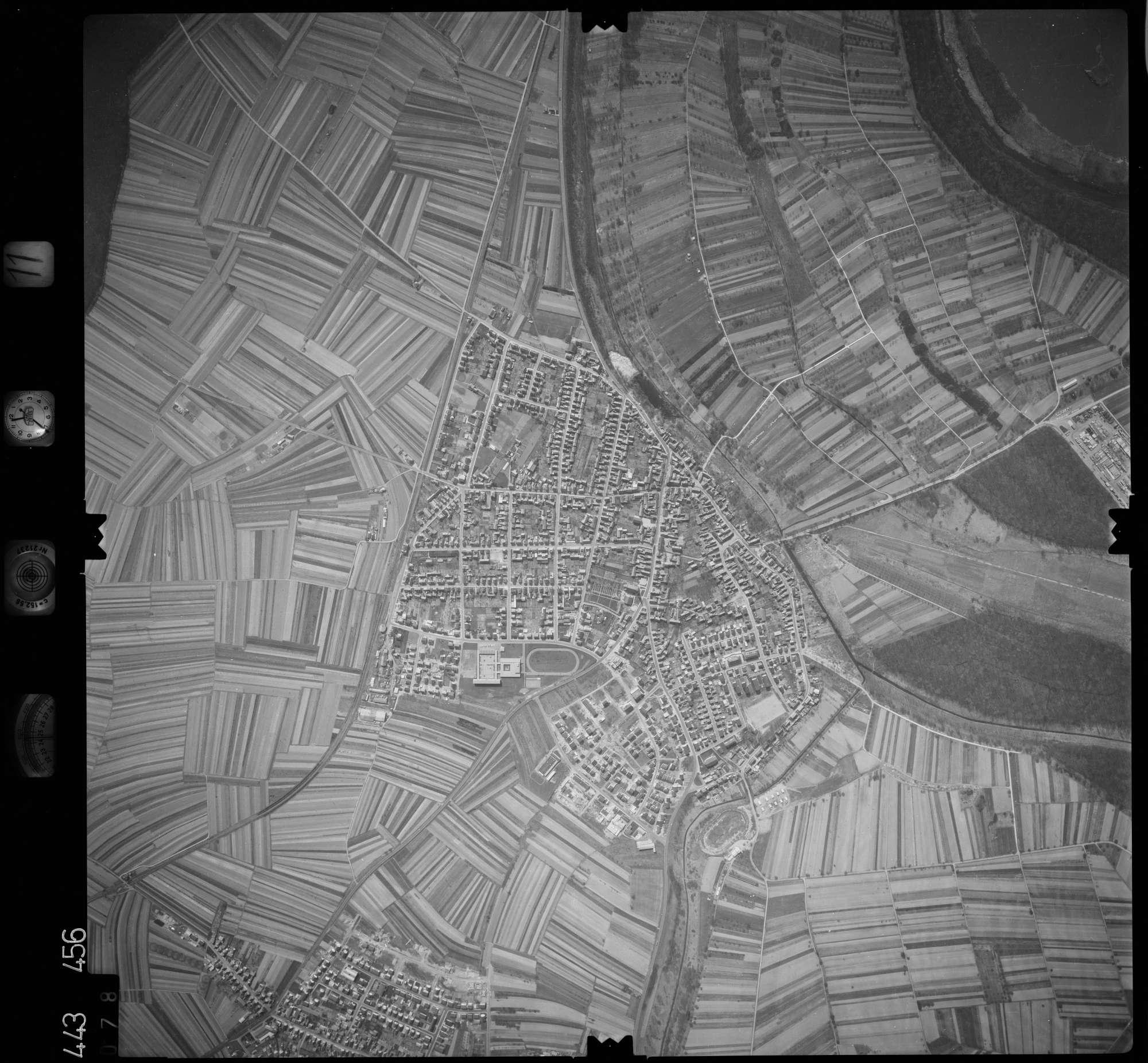 Luftbild: Film 11 Bildnr. 78, Bild 1