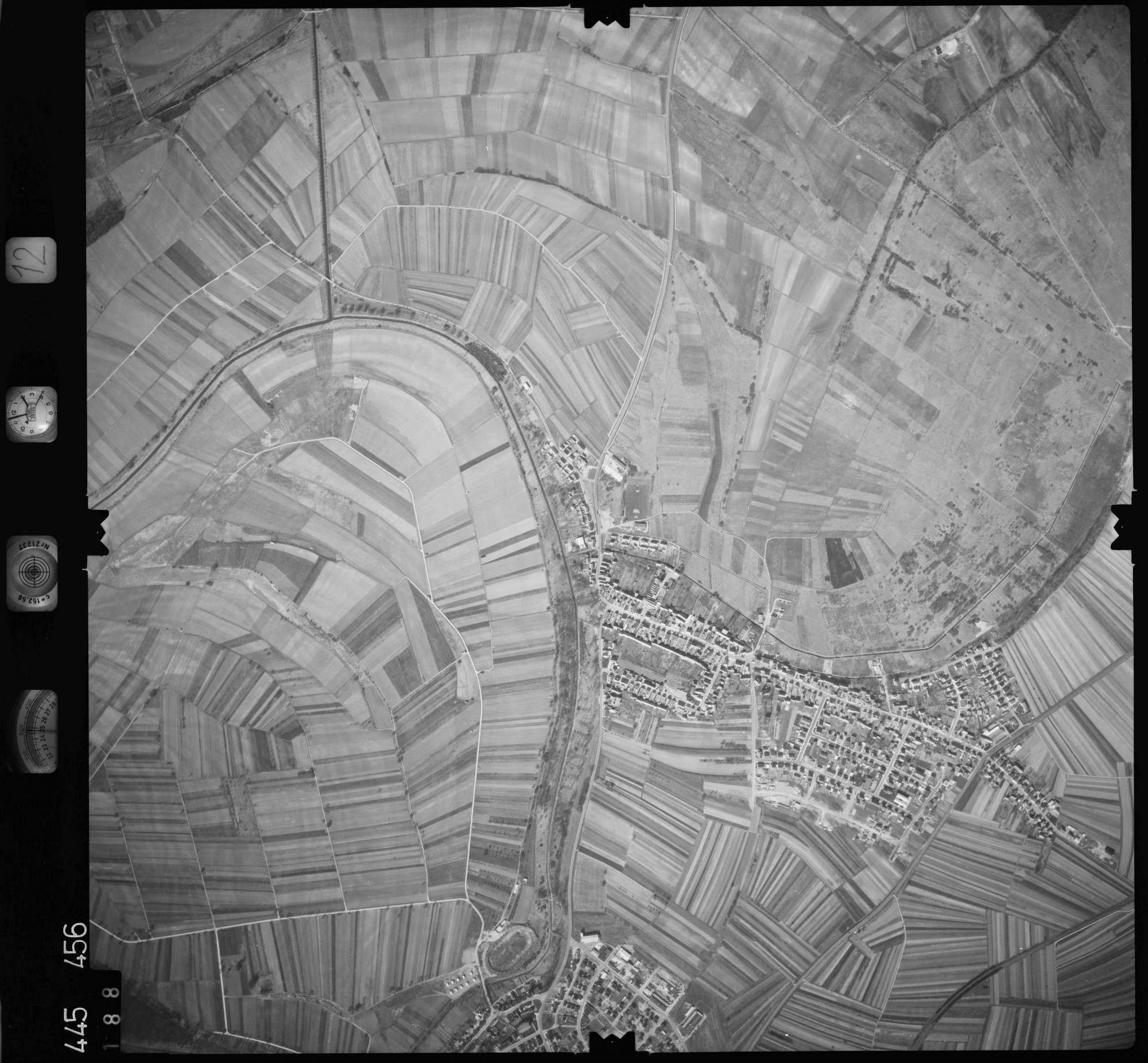 Luftbild: Film 12 Bildnr. 188, Bild 1