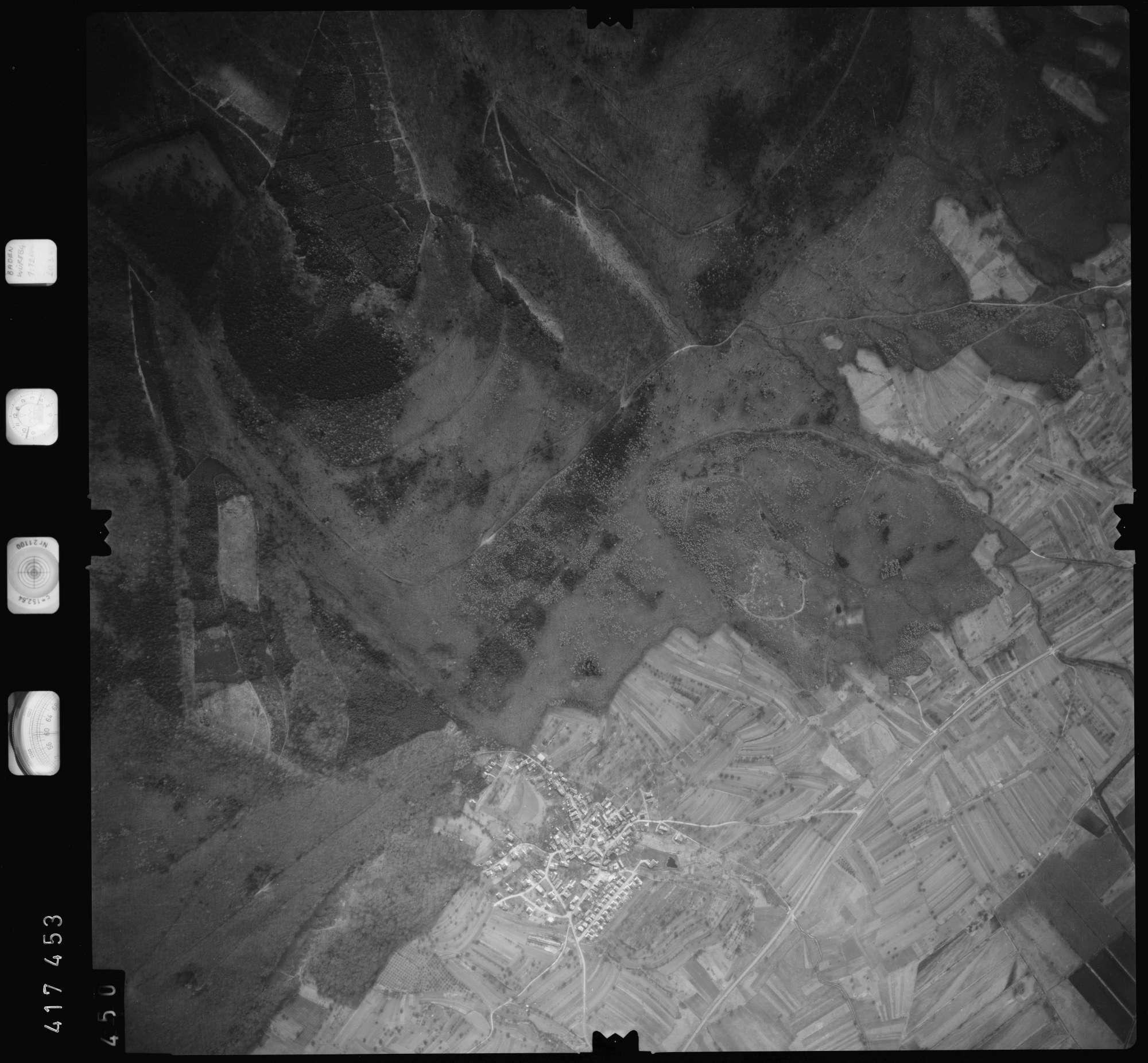 Luftbild: Film 2 Bildnr. 450, Bild 1