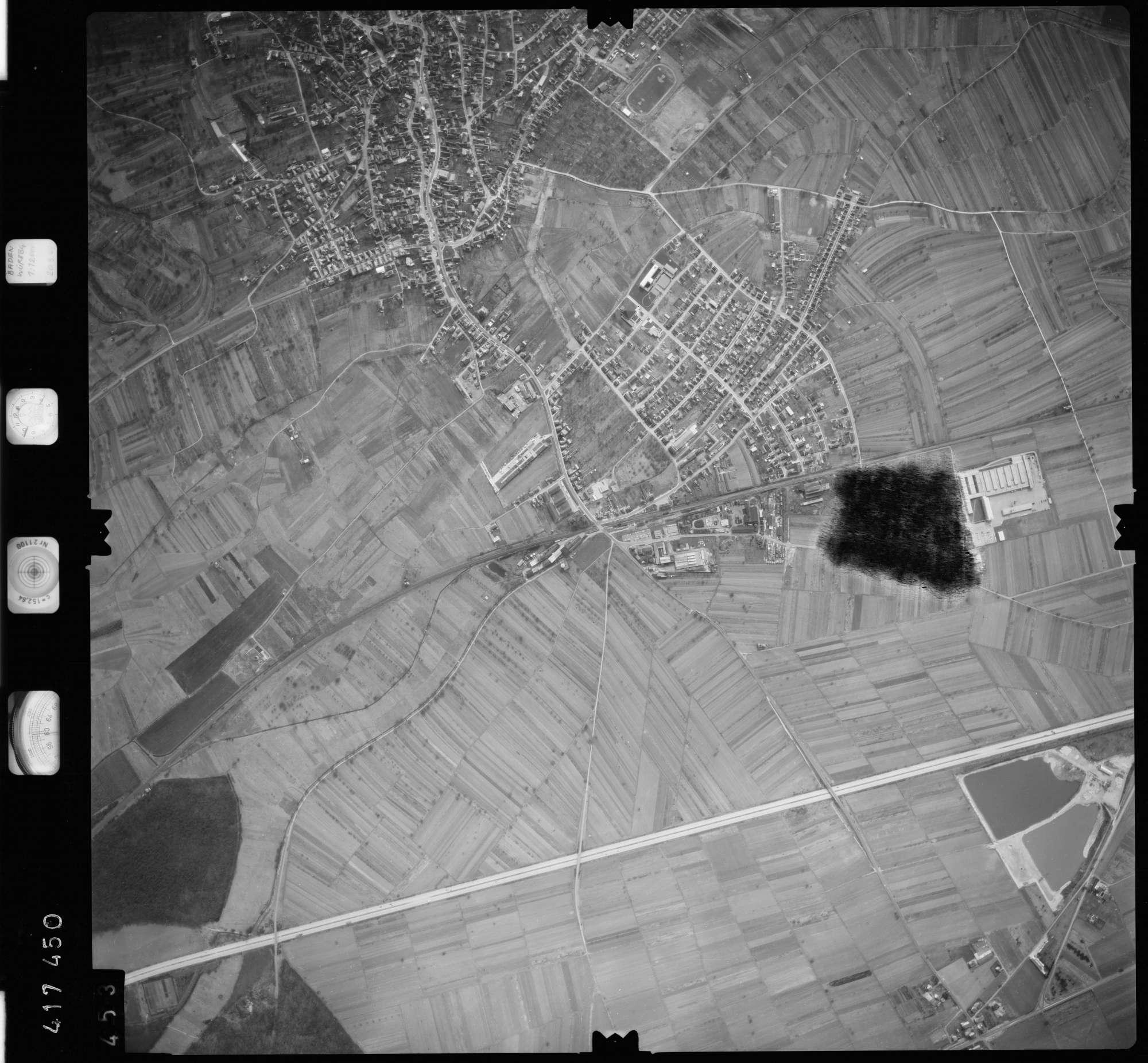 Luftbild: Film 2 Bildnr. 453, Bild 1