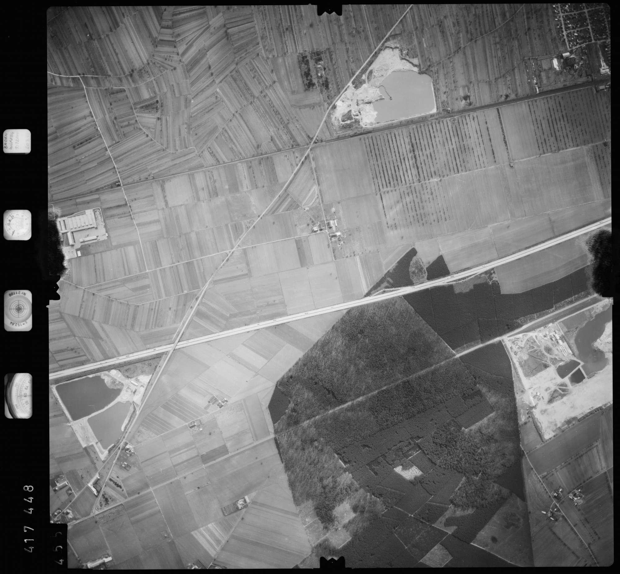 Luftbild: Film 2 Bildnr. 455, Bild 1