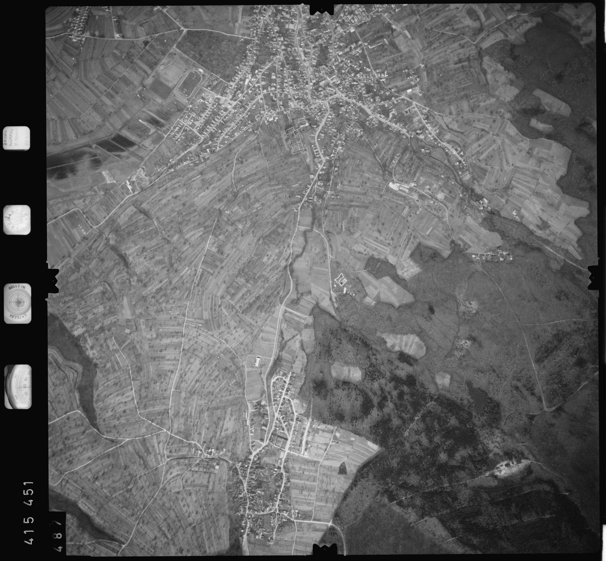 Luftbild: Film 2 Bildnr. 487, Bild 1