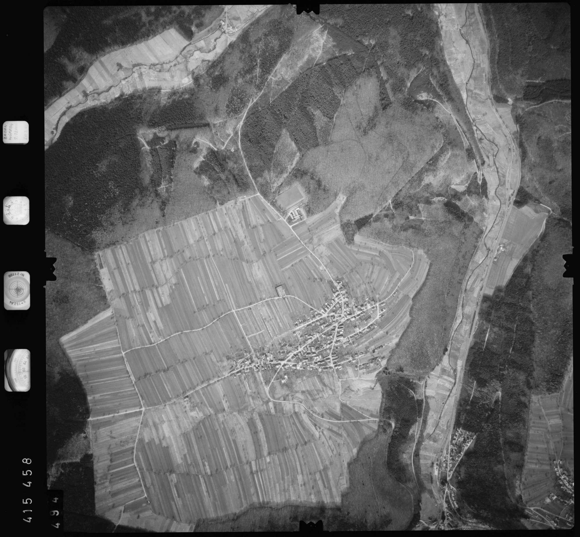 Luftbild: Film 2 Bildnr. 494, Bild 1