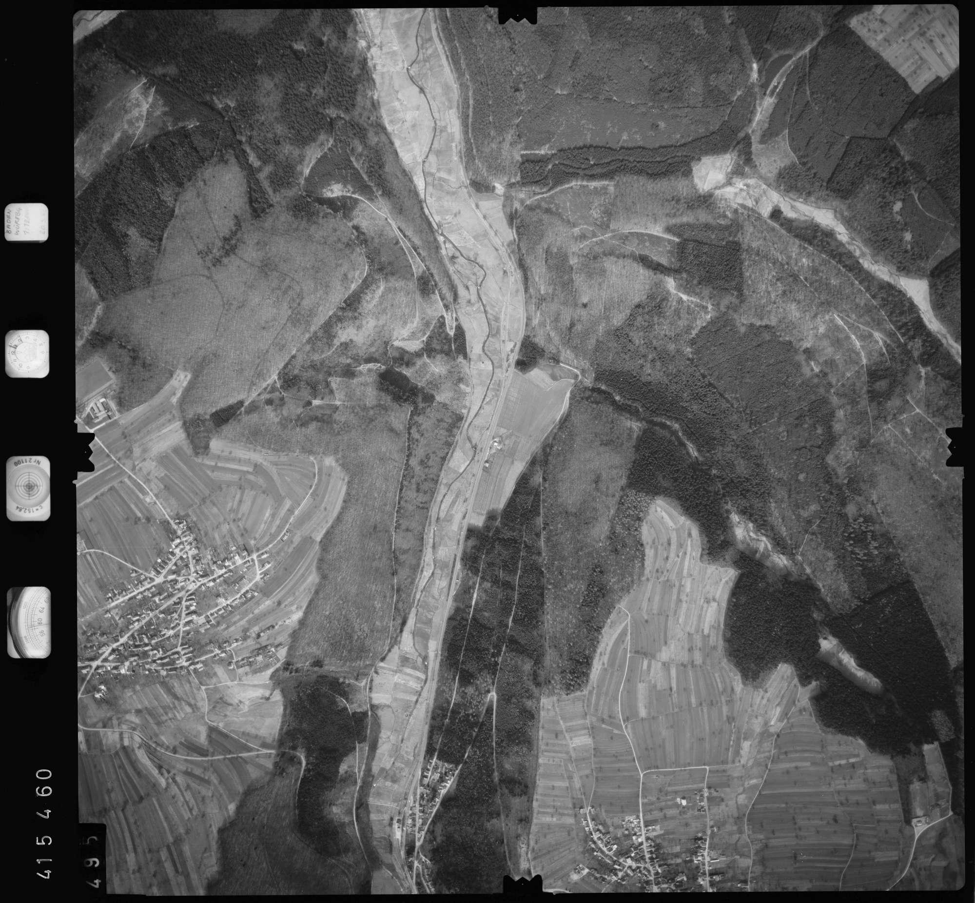 Luftbild: Film 2 Bildnr. 495, Bild 1