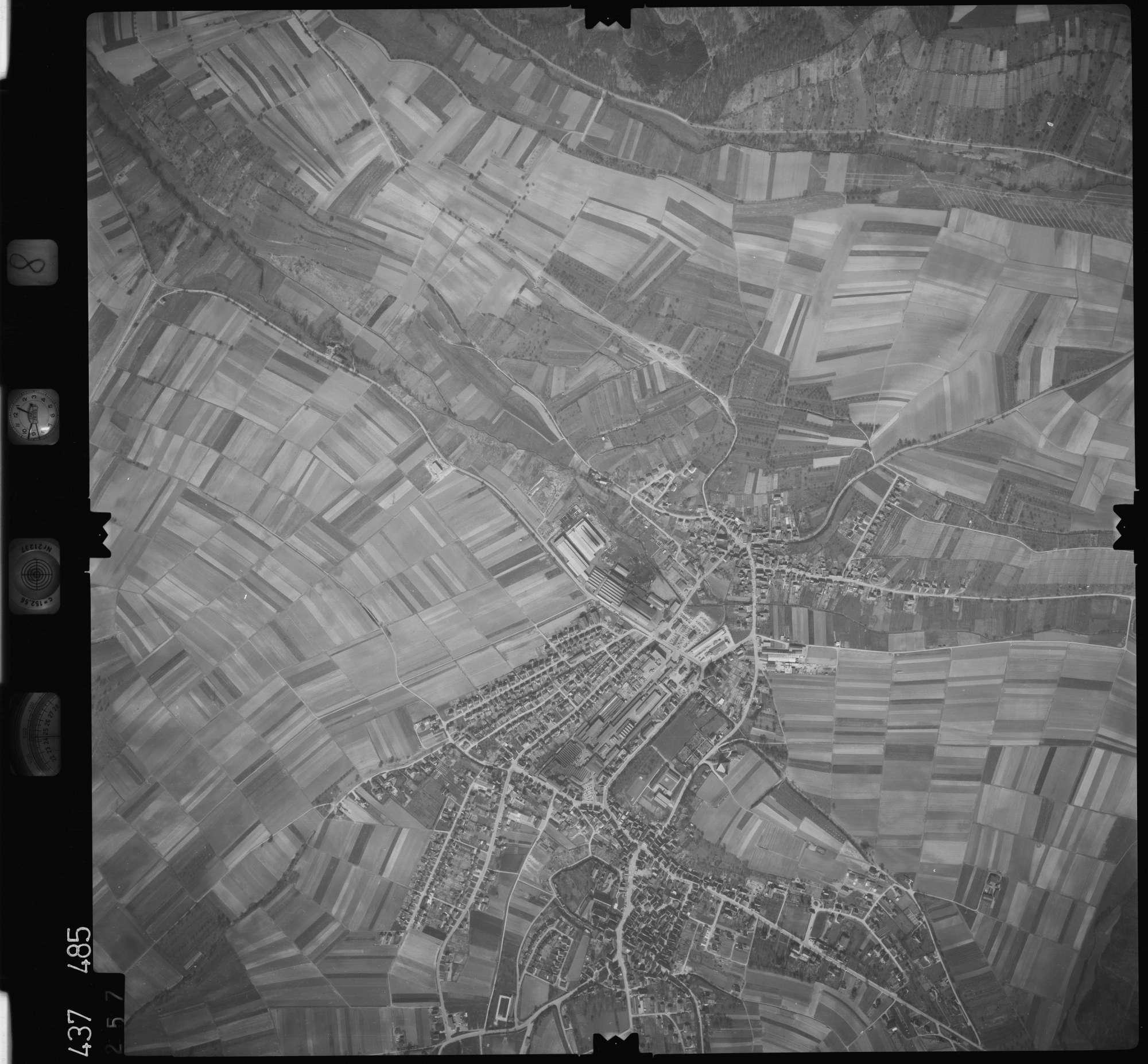 Luftbild: Film 8 Bildnr. 257, Bild 1