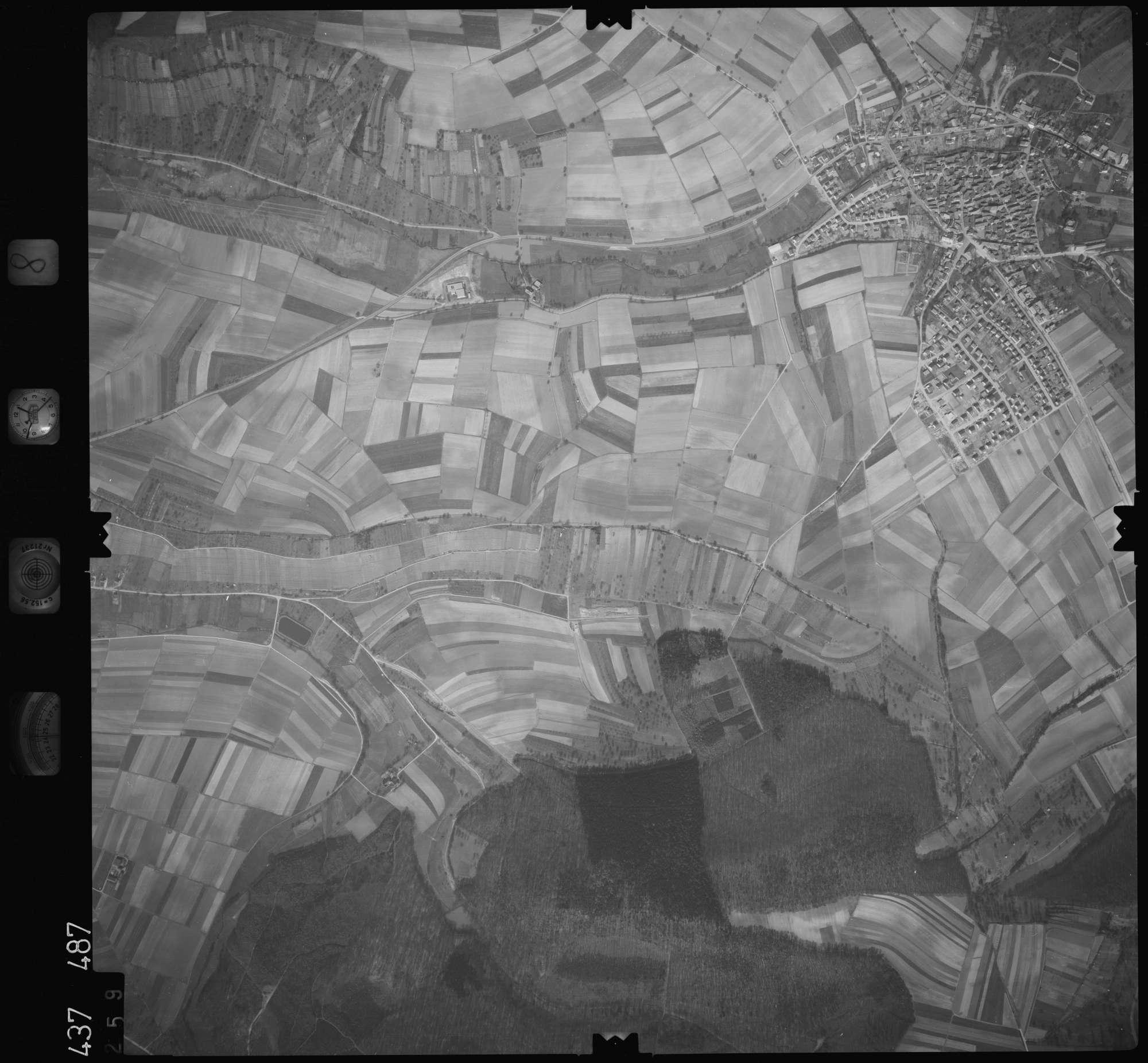 Luftbild: Film 8 Bildnr. 259, Bild 1