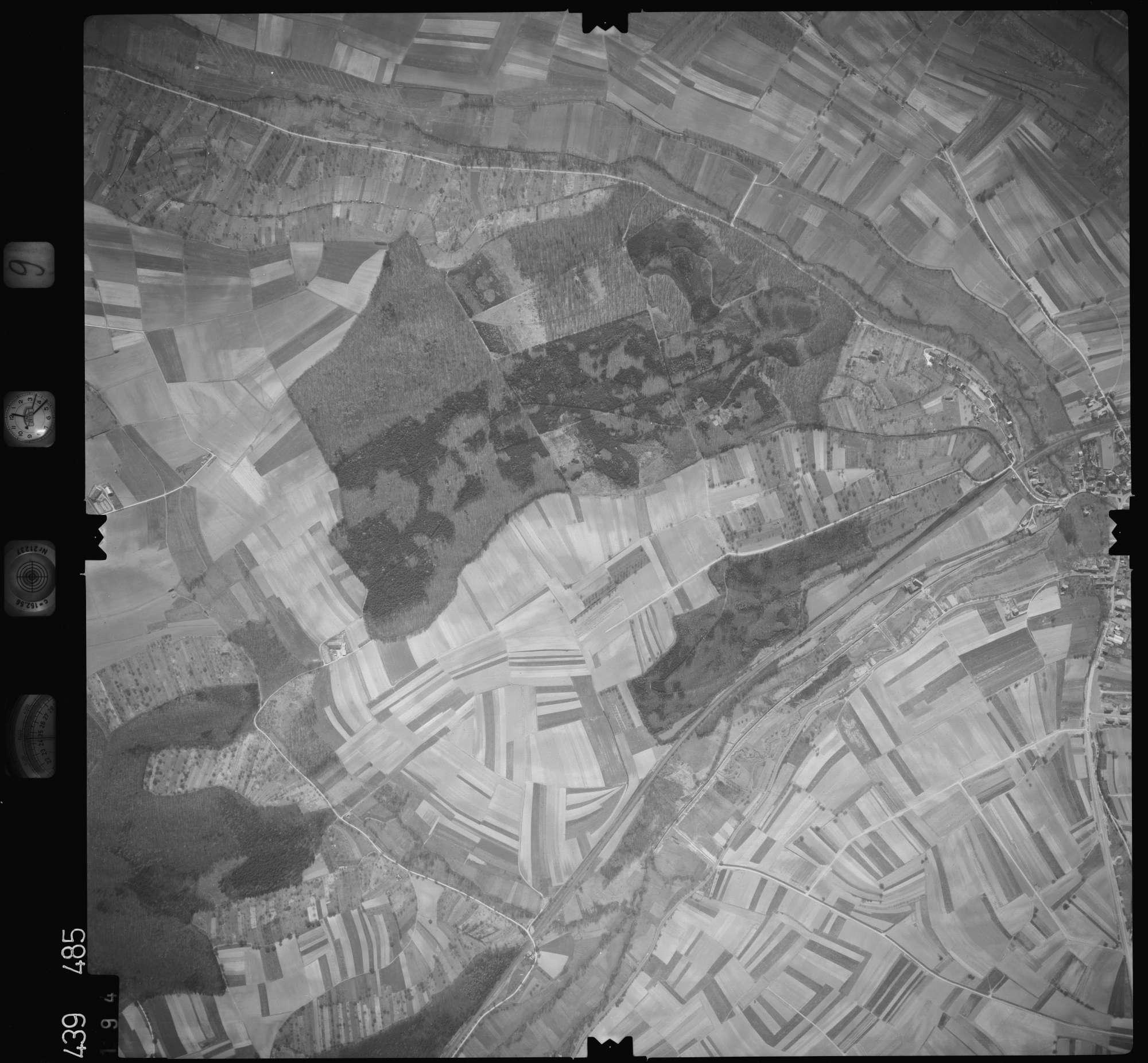 Luftbild: Film 9 Bildnr. 194, Bild 1