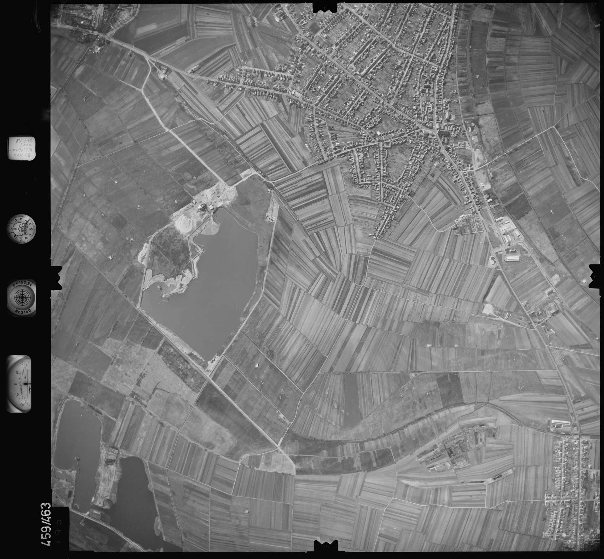 Luftbild: Film 103 Bildnr. 195, Bild 1