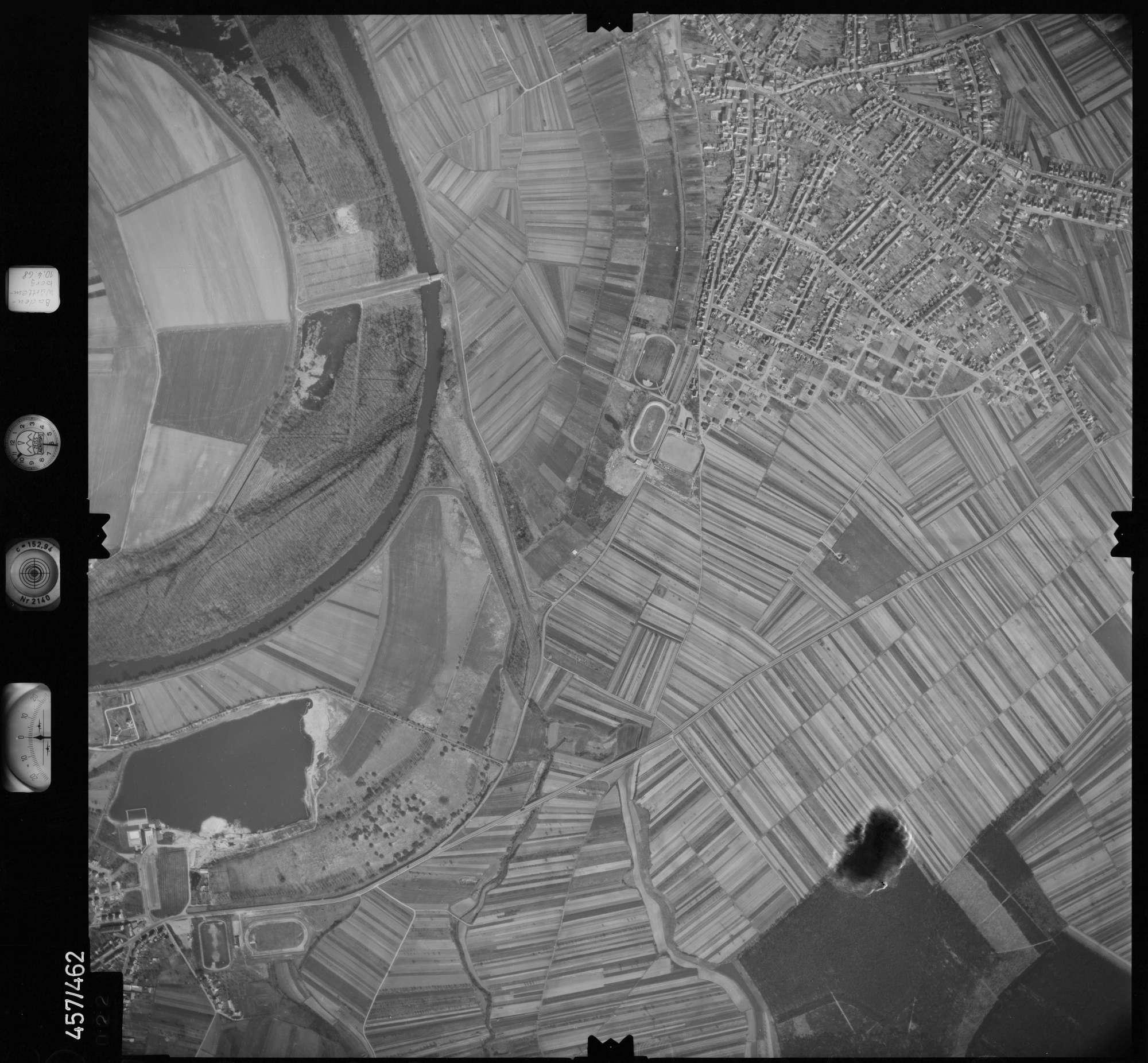 Luftbild: Film 104 Bildnr. 22, Bild 1