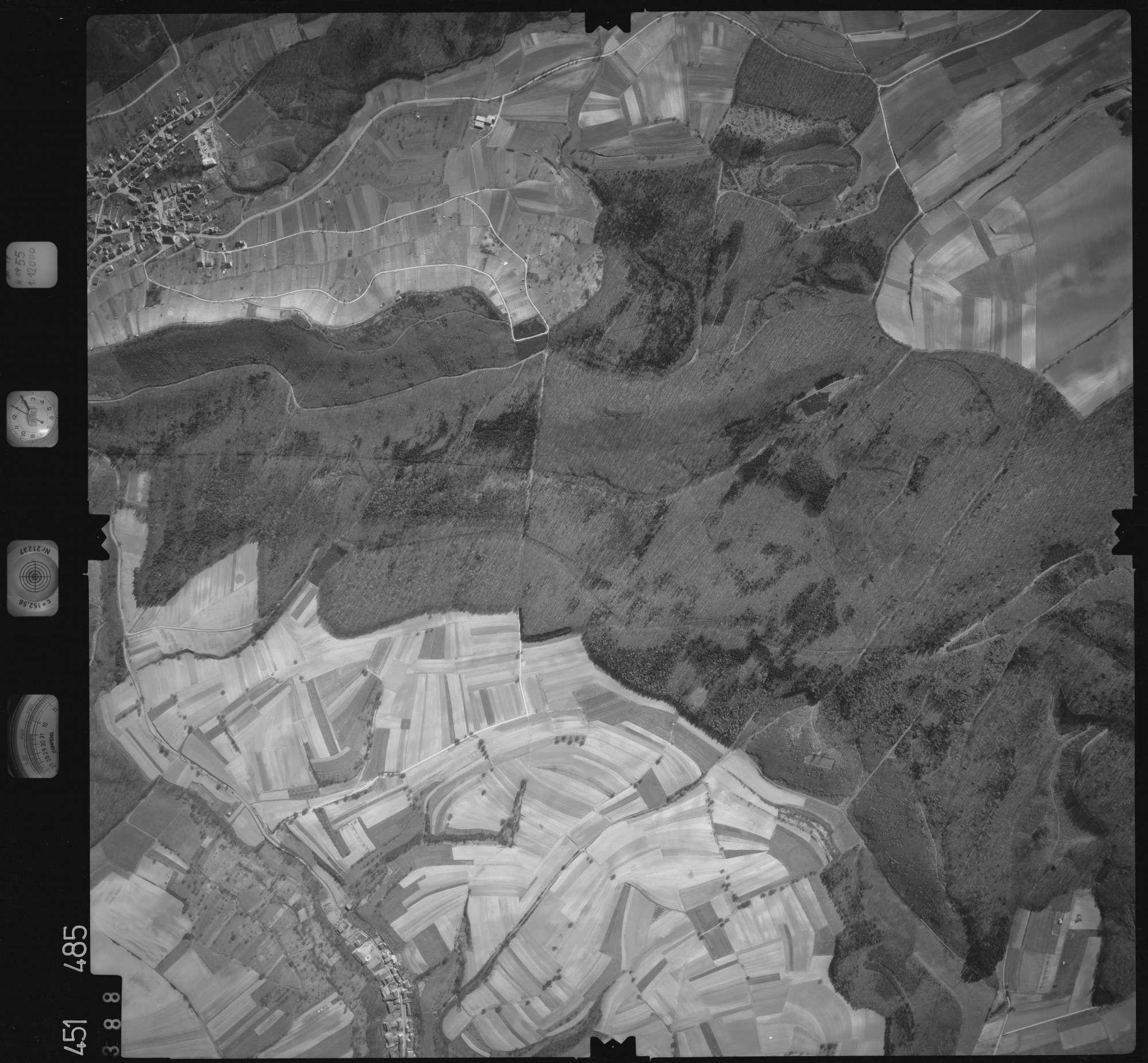 Luftbild: Film 15 Bildnr. 388, Bild 1