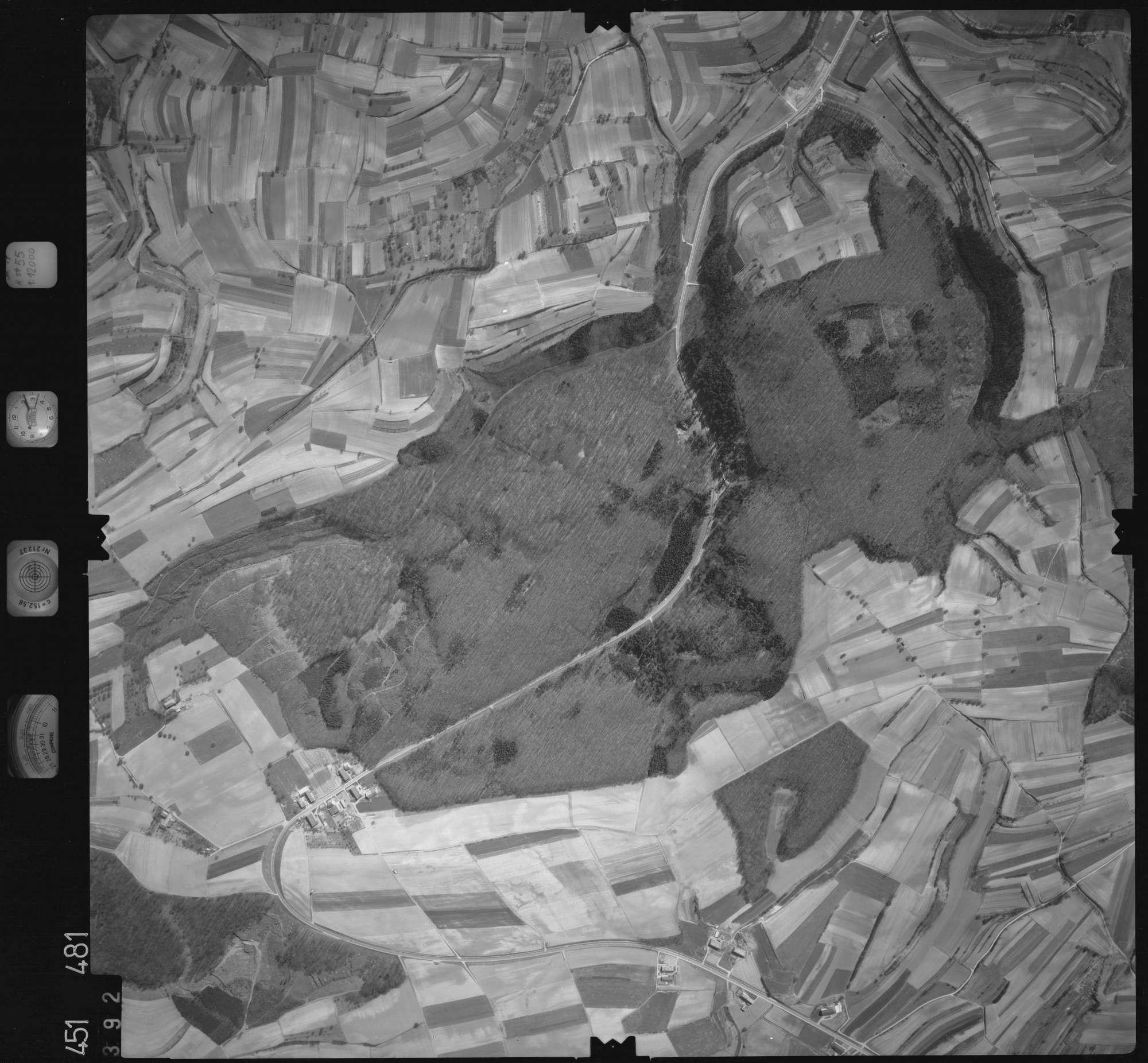 Luftbild: Film 15 Bildnr. 392, Bild 1