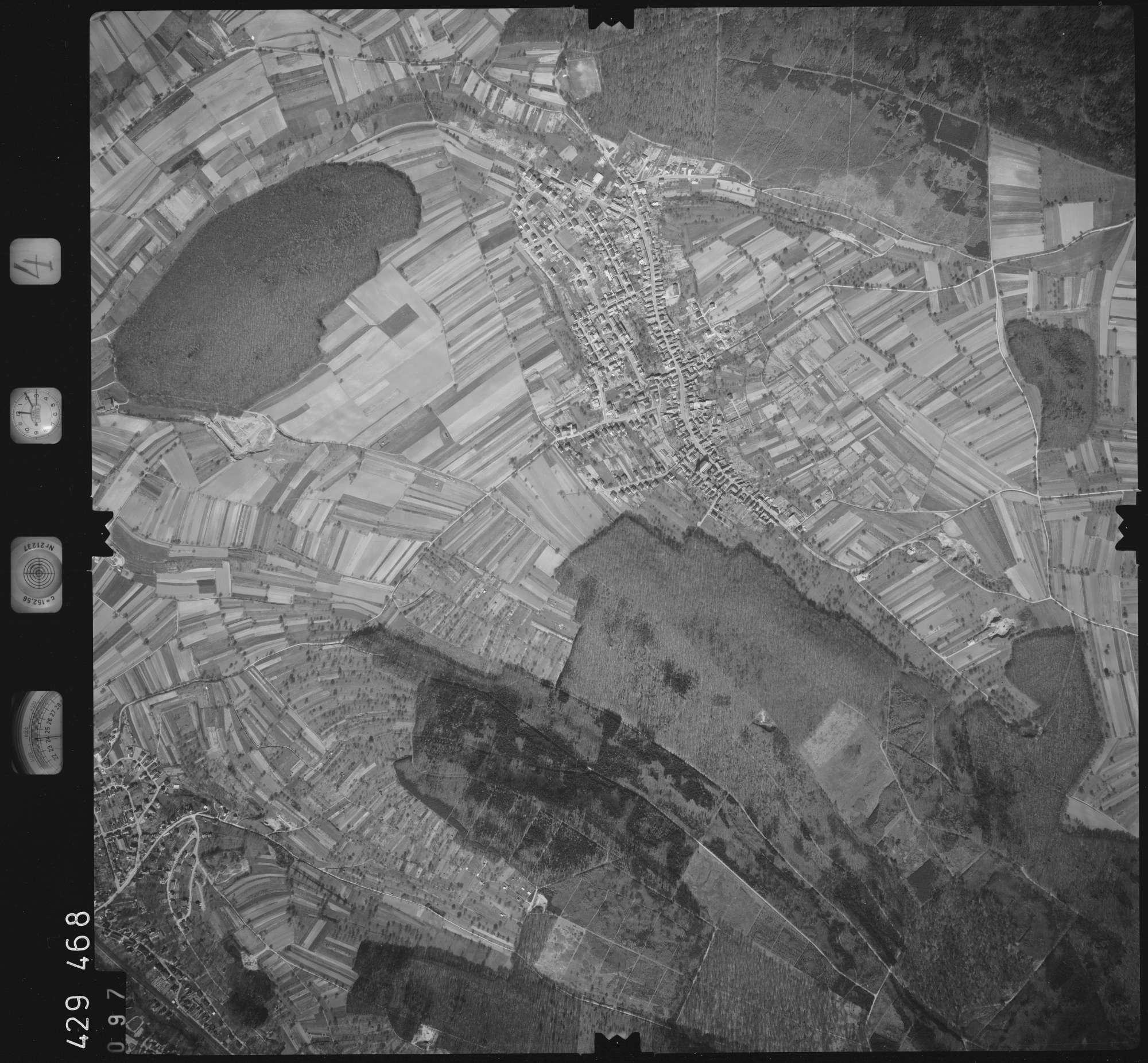 Luftbild: Film 4 Bildnr. 97, Bild 1