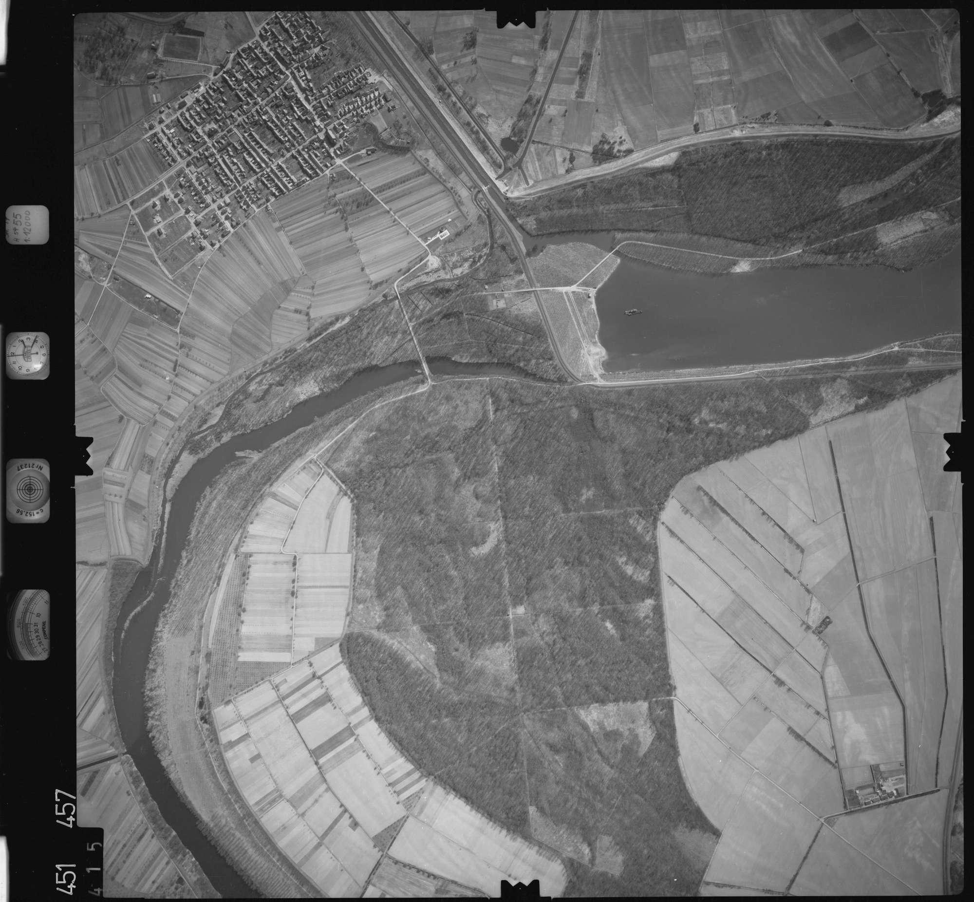 Luftbild: Film 15 Bildnr. 415, Bild 1