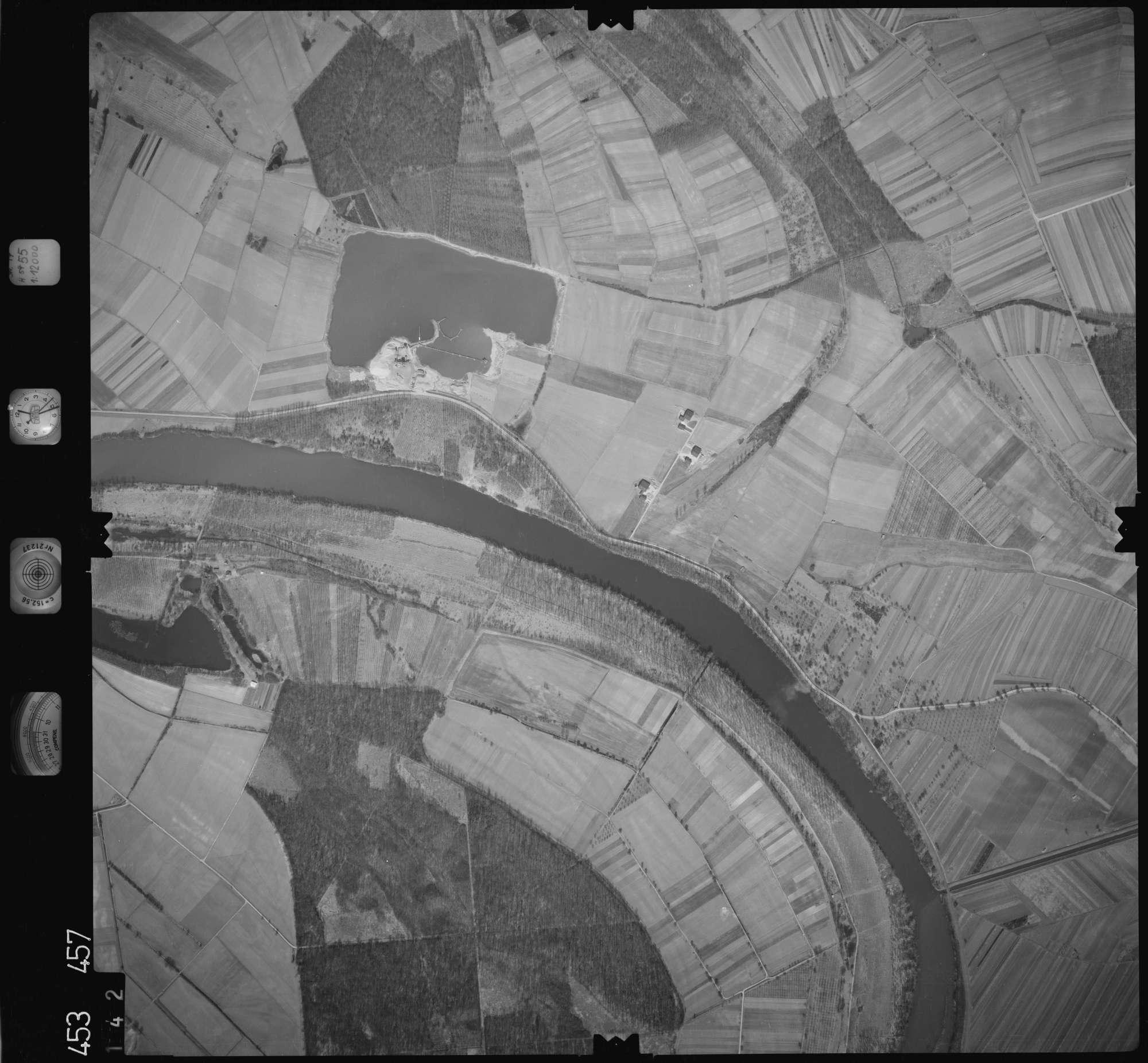 Luftbild: Film 16 Bildnr. 142, Bild 1