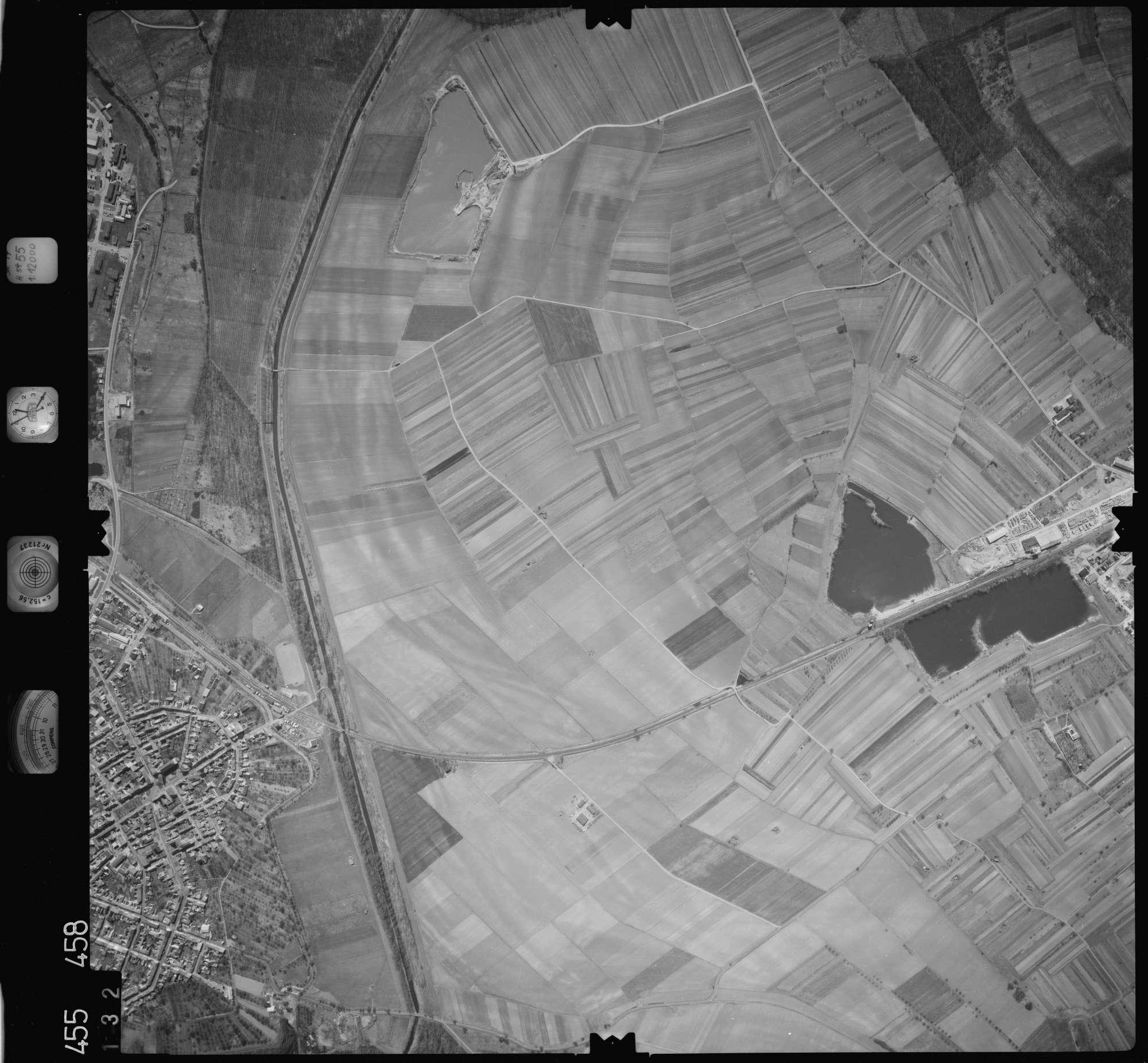 Luftbild: Film 17 Bildnr. 132, Bild 1