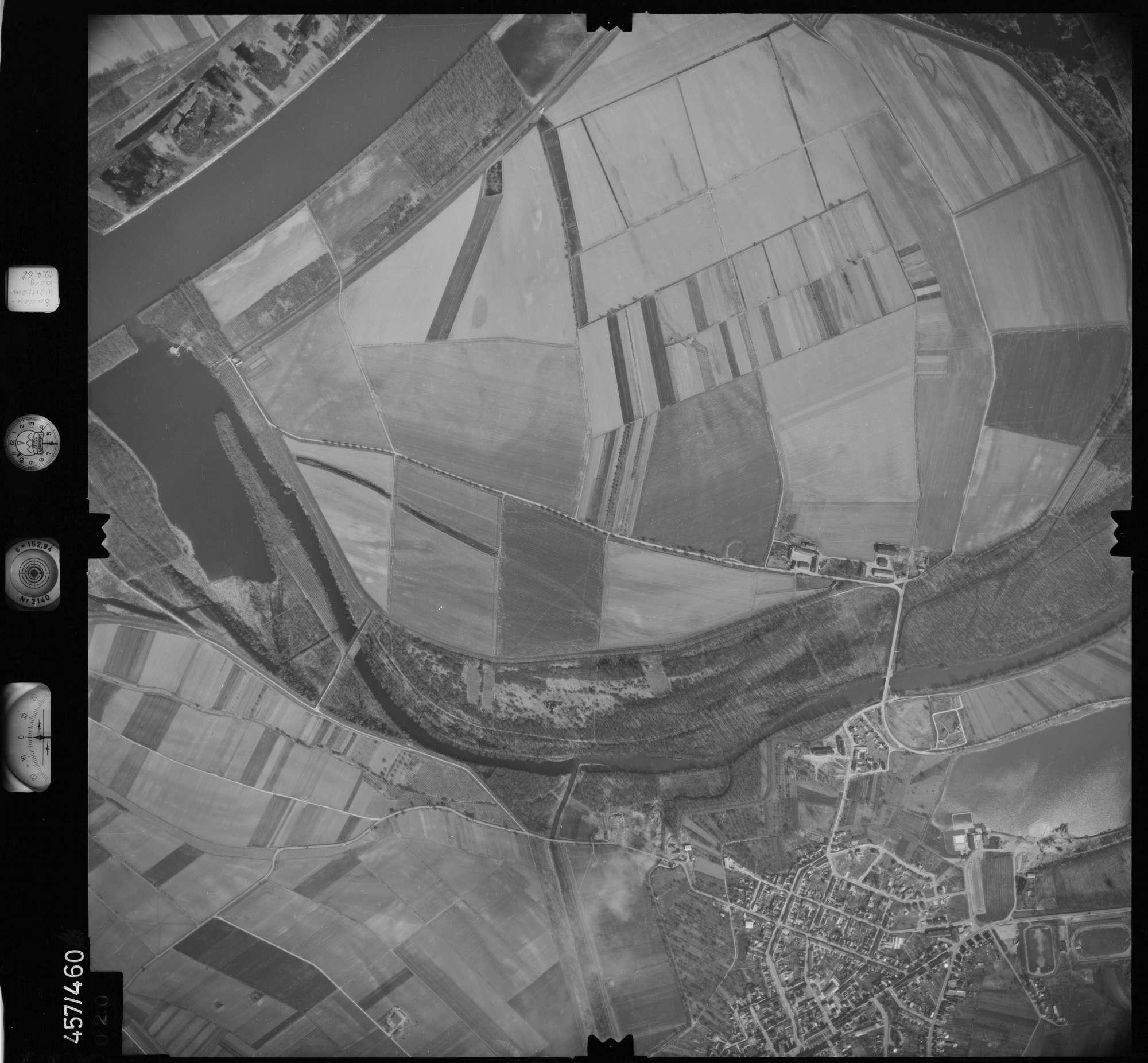 Luftbild: Film 104 Bildnr. 20, Bild 1