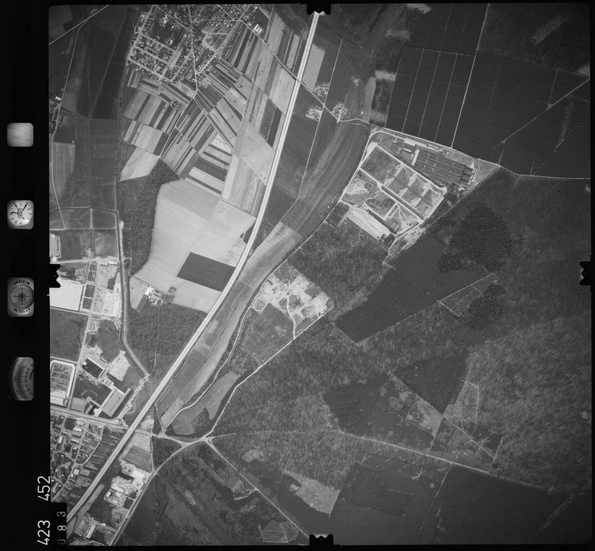 Luftbild: Film 1 Bildnr. 83, Bild 1