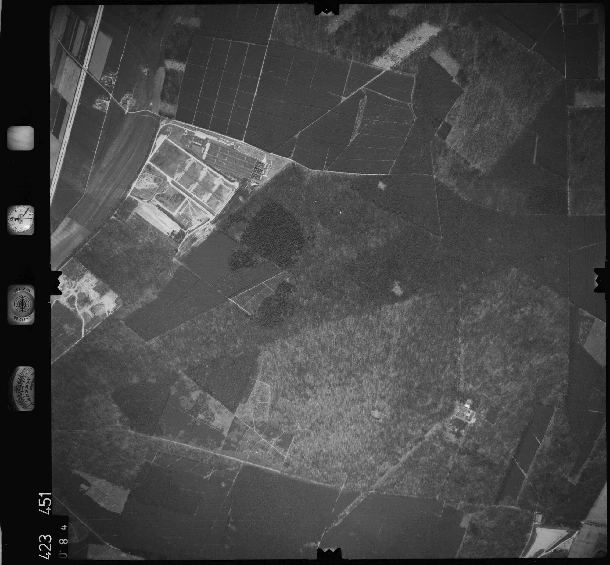 Luftbild: Film 1 Bildnr. 84, Bild 1