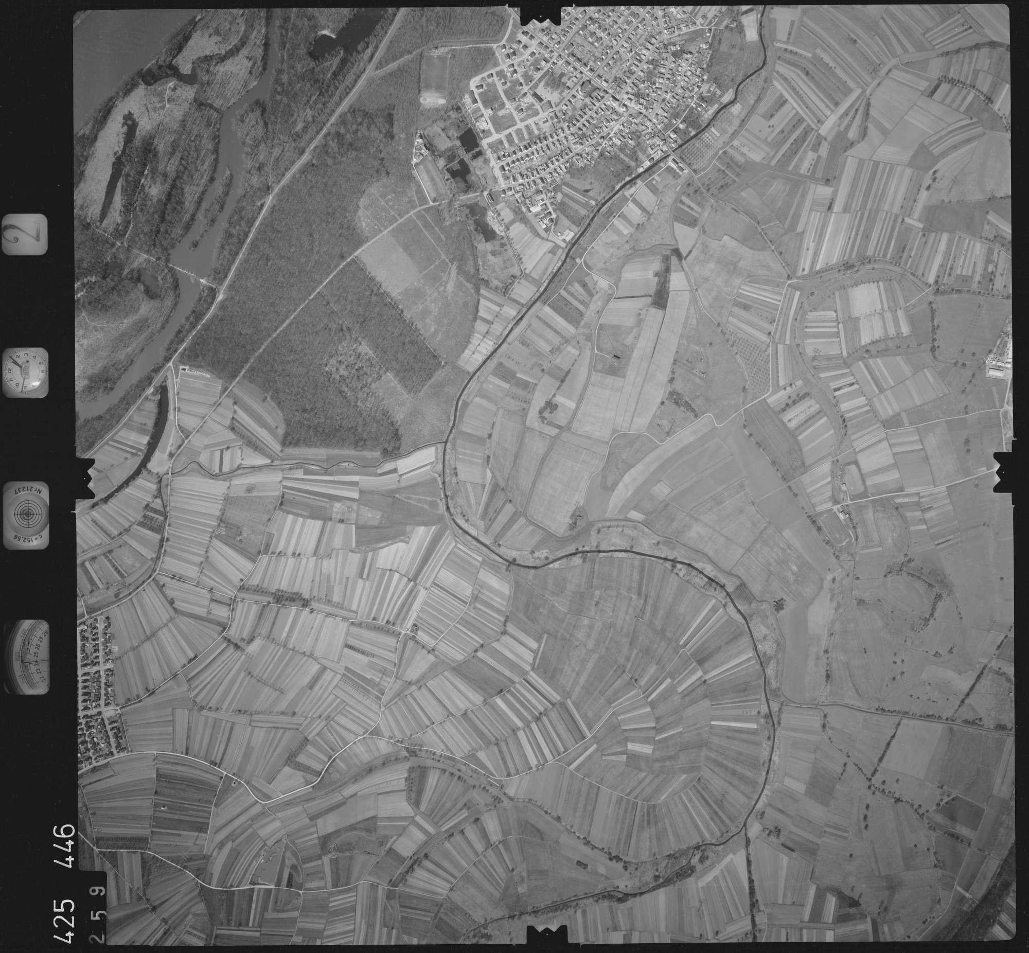 Luftbild: Film 2 Bildnr. 259, Bild 1