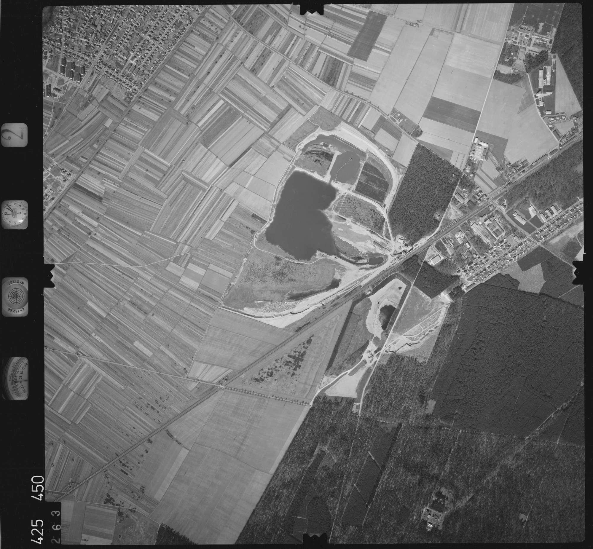 Luftbild: Film 2 Bildnr. 263, Bild 1