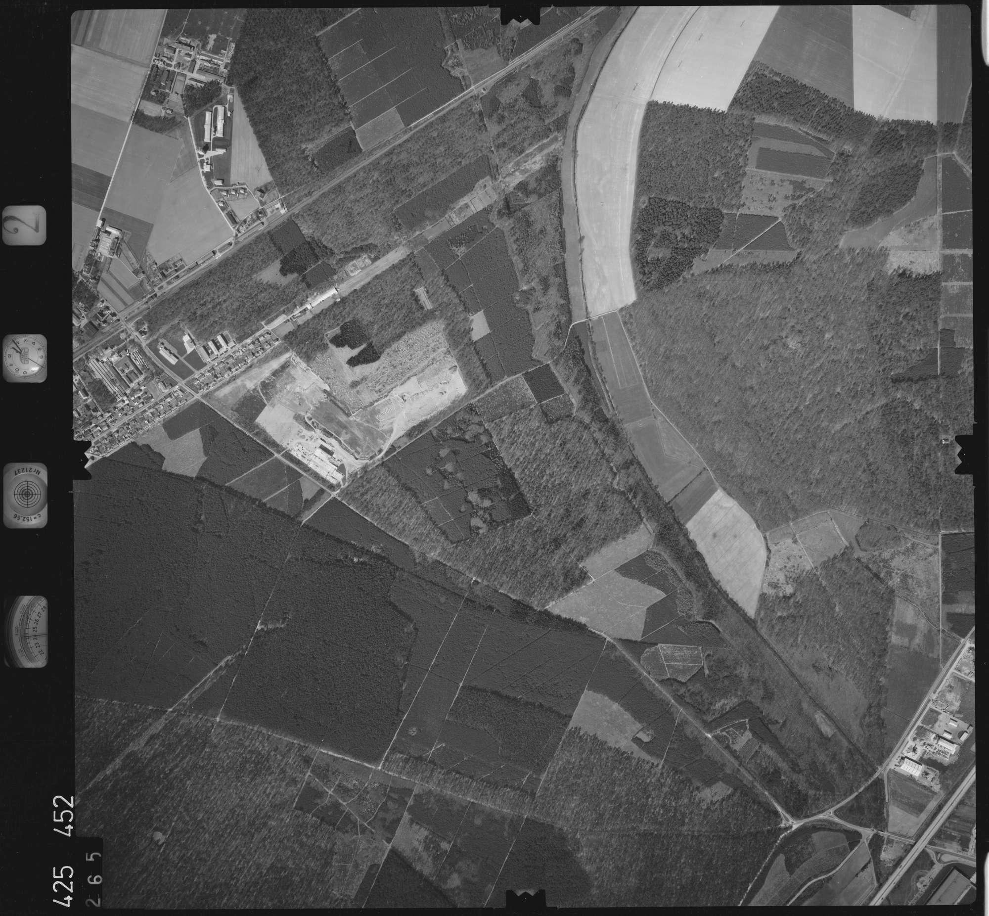 Luftbild: Film 2 Bildnr. 265, Bild 1