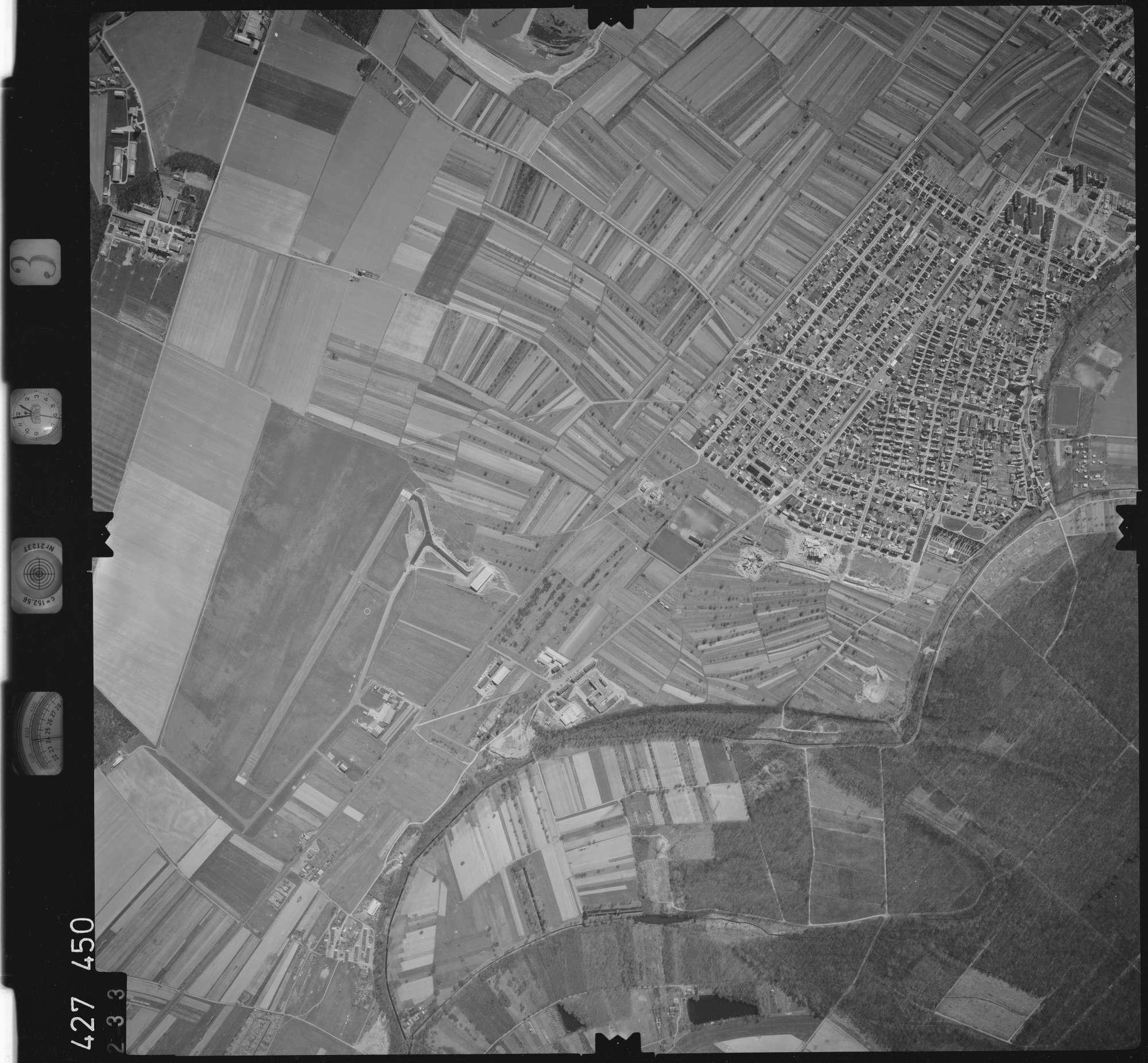 Luftbild: Film 3 Bildnr. 233, Bild 1
