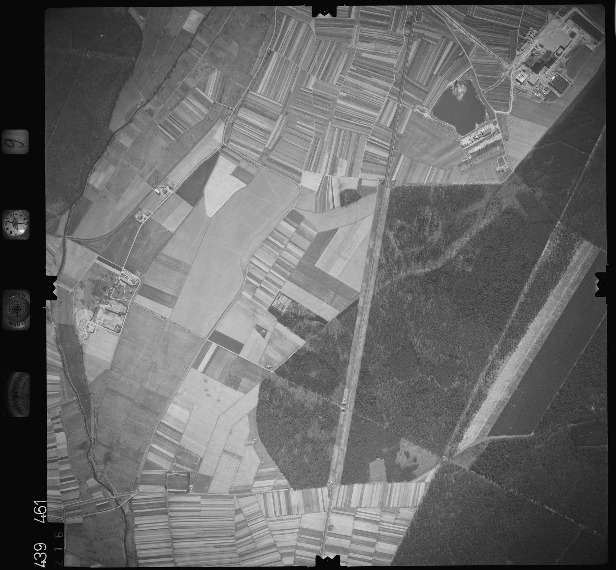 Luftbild: Film 9 Bildnr. 216, Bild 1