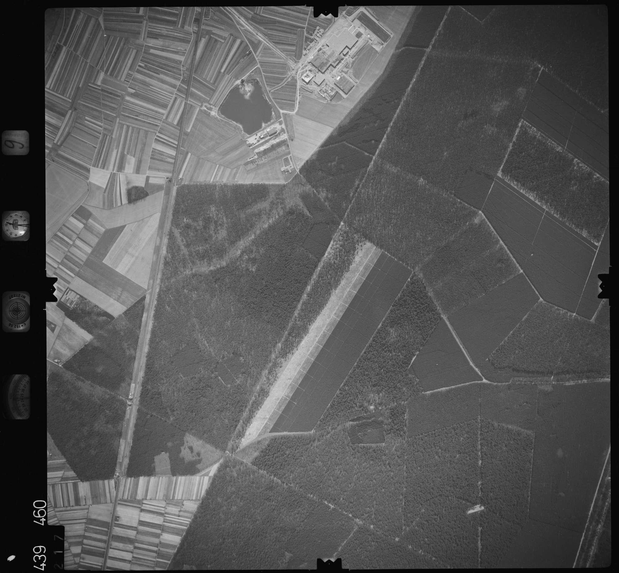Luftbild: Film 9 Bildnr. 217, Bild 1