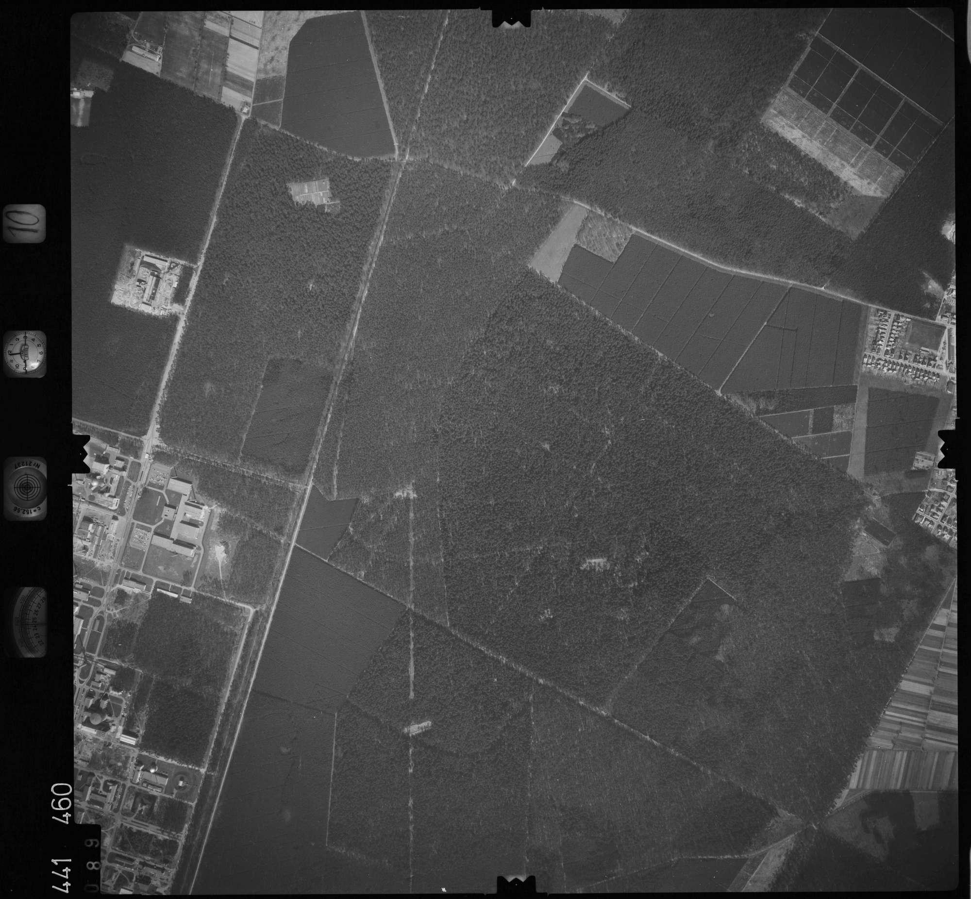 Luftbild: Film 10 Bildnr. 89, Bild 1