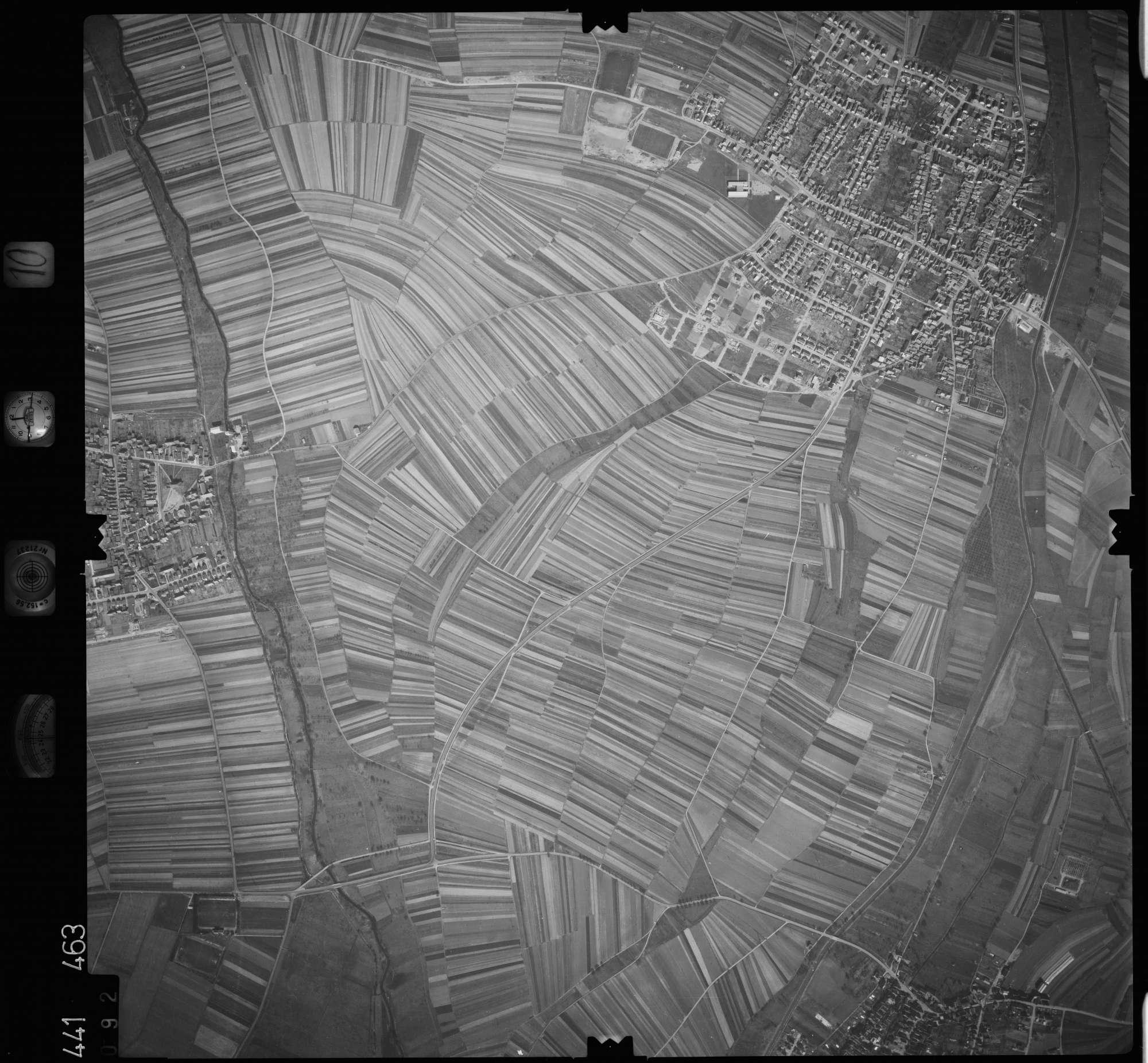 Luftbild: Film 10 Bildnr. 92, Bild 1
