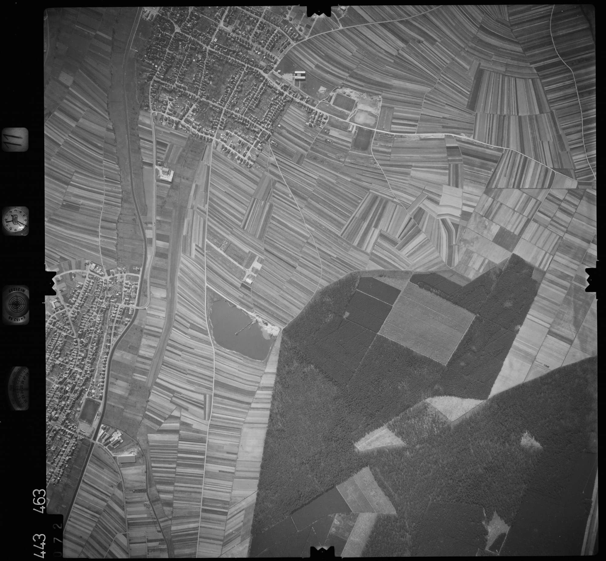Luftbild: Film 11 Bildnr. 72, Bild 1